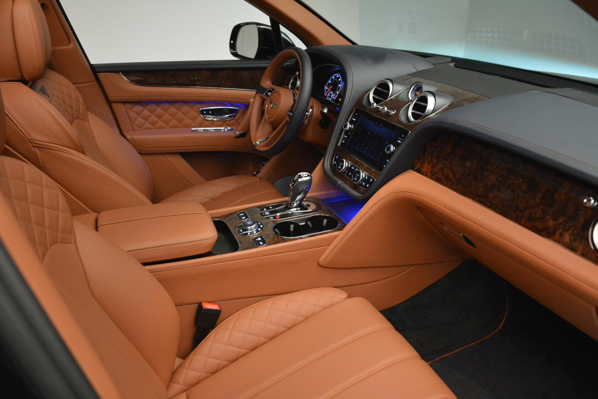 Used 2018 Bentley Bentayga W12 Signature For Sale In Westport, CT 2165_p24