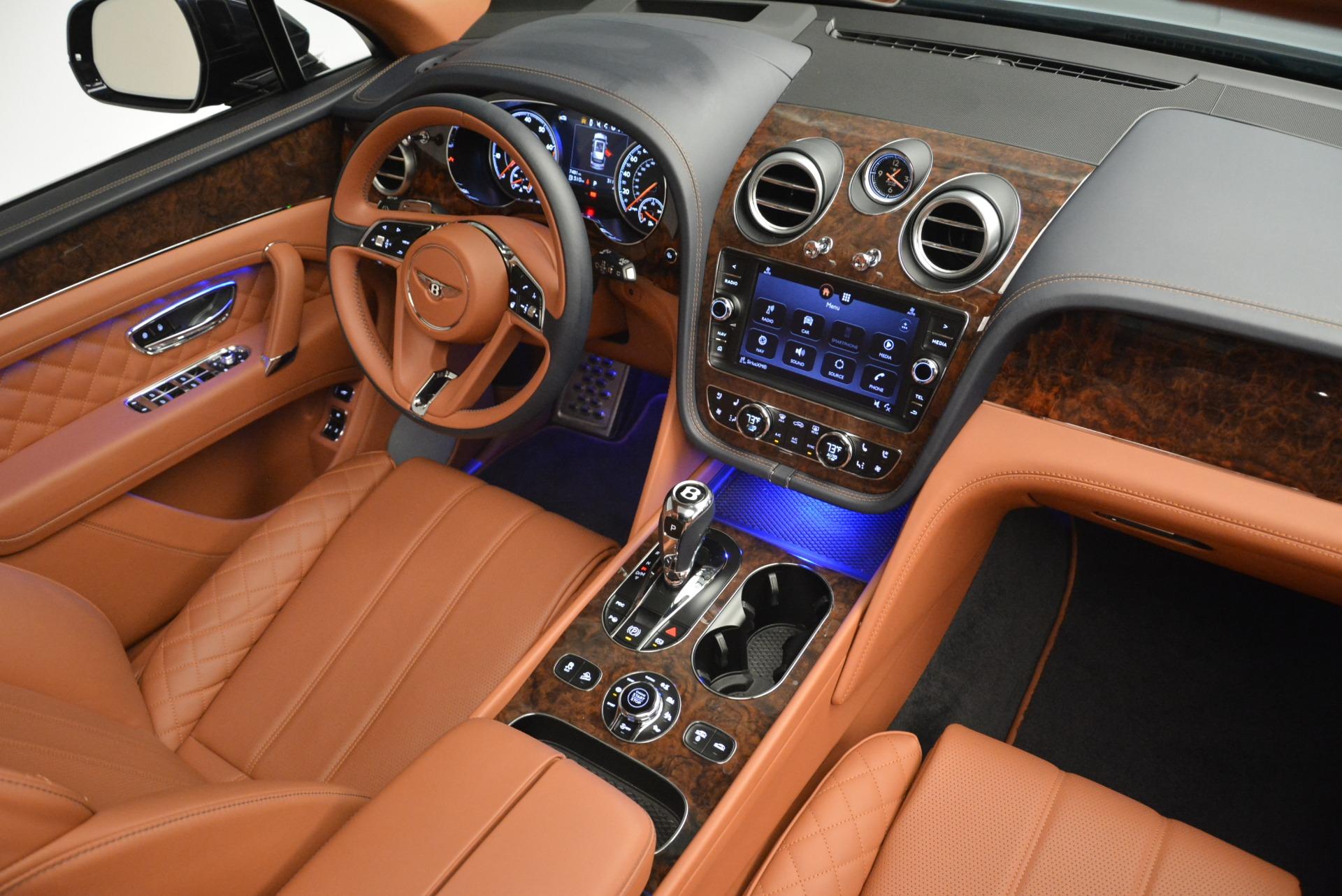 Used 2018 Bentley Bentayga W12 Signature For Sale In Westport, CT 2165_p27