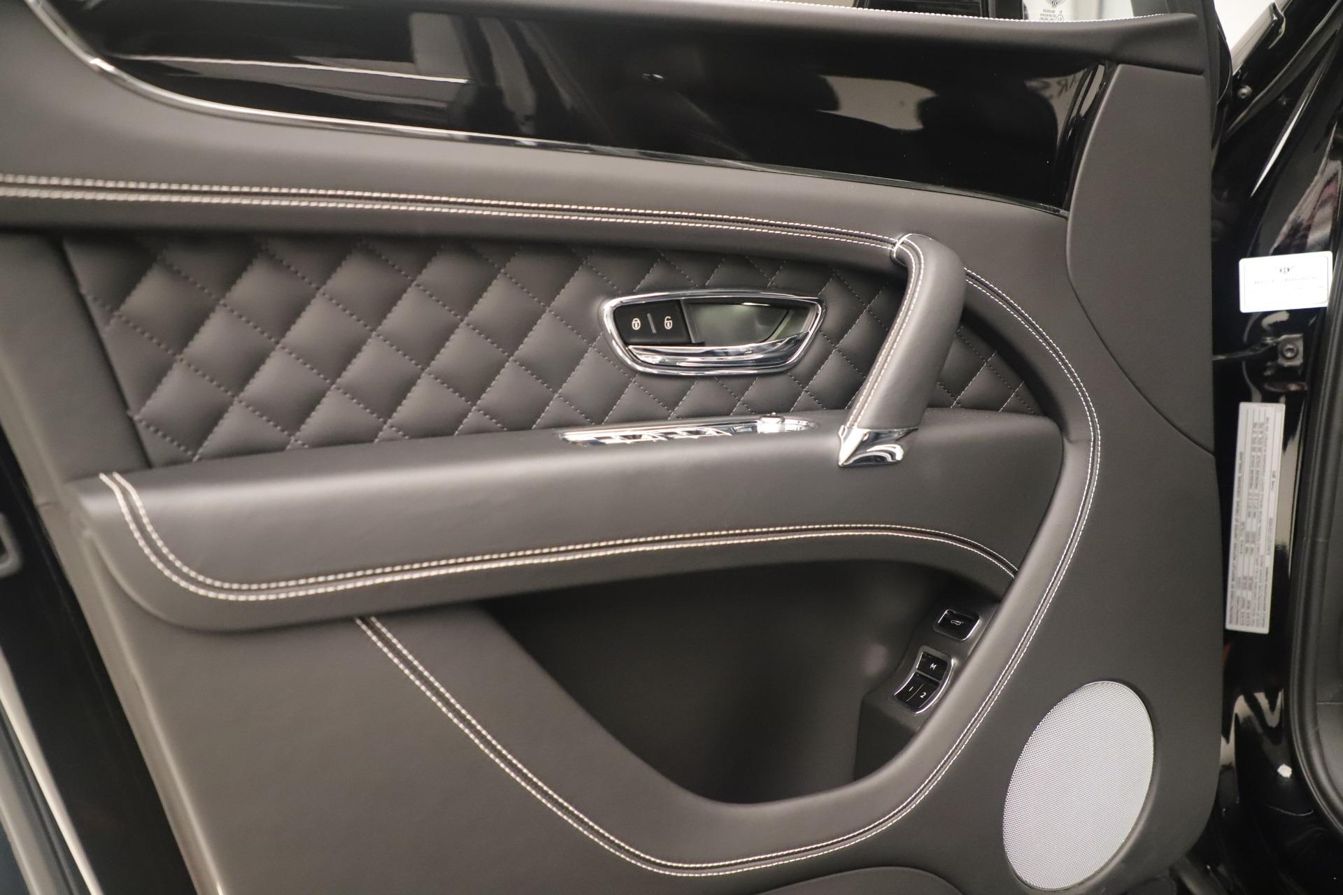 Used 2018 Bentley Bentayga W12 Signature For Sale In Westport, CT 2167_p16