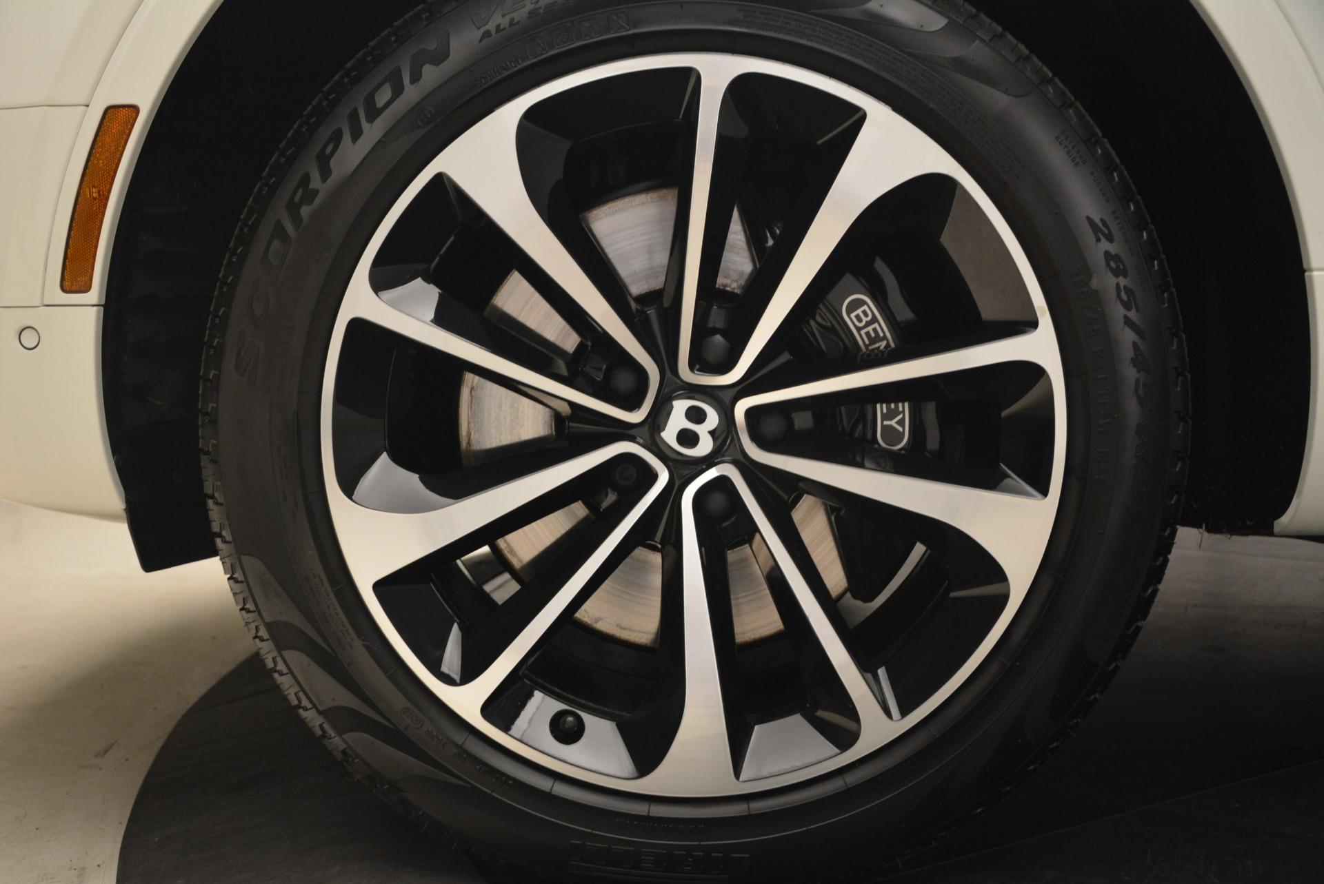 Used 2018 Bentley Bentayga Signature For Sale In Westport, CT 2168_p16