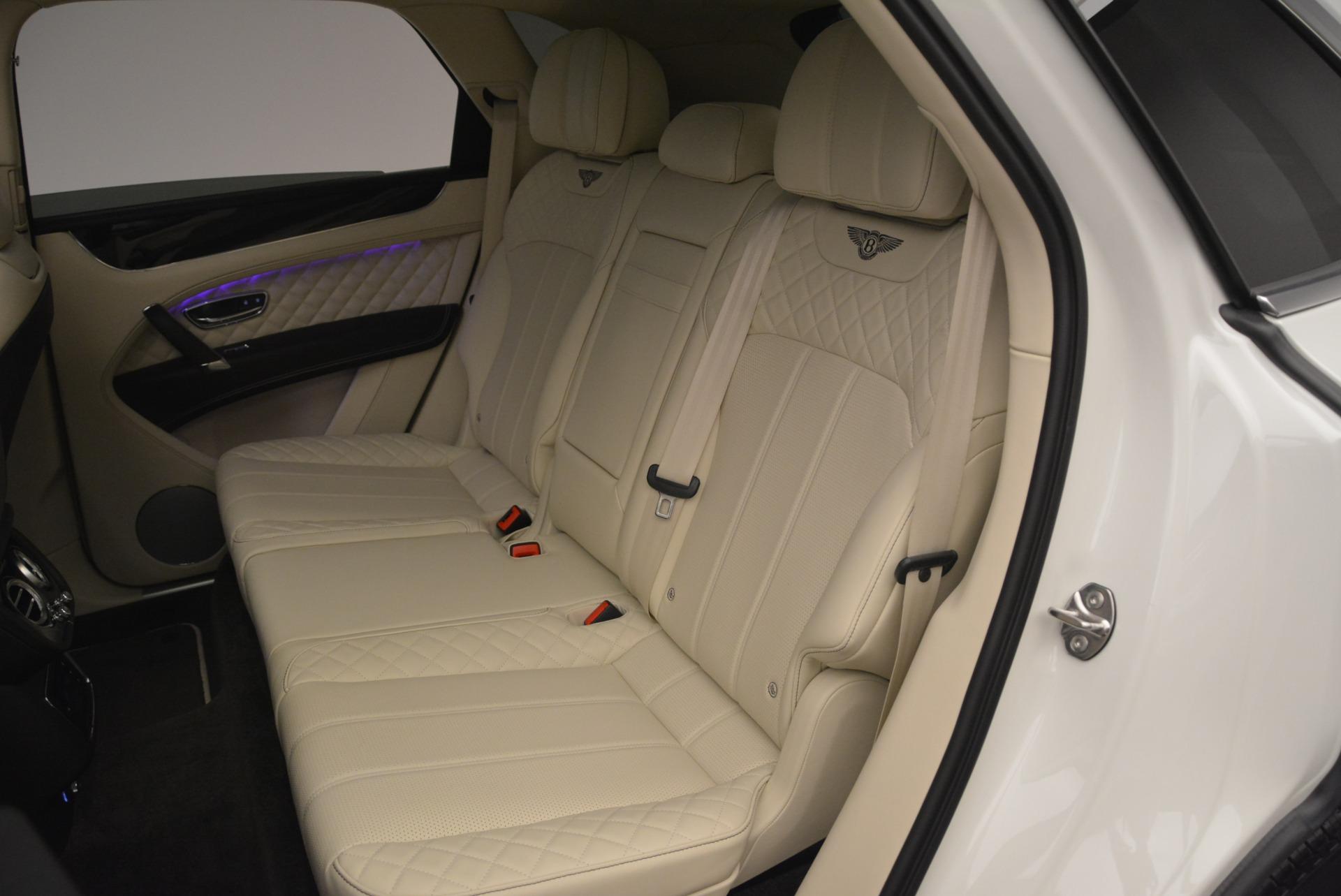 Used 2018 Bentley Bentayga Signature For Sale In Westport, CT 2168_p23
