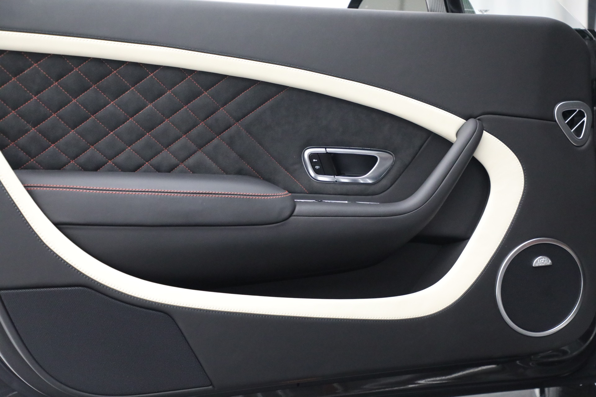 Used 2017 Bentley Continental GT Supersports For Sale In Westport, CT 2169_p16