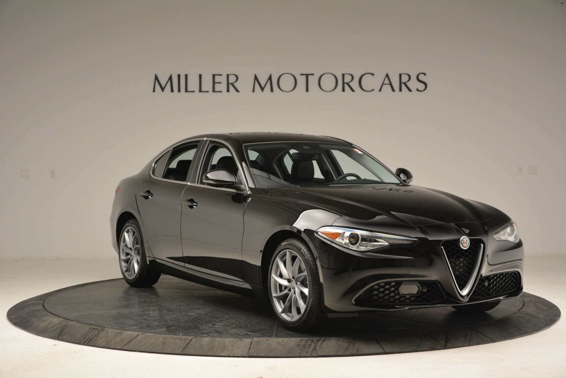 New 2018 Alfa Romeo Giulia Ti Q4 For Sale In Westport, CT 2177_p11