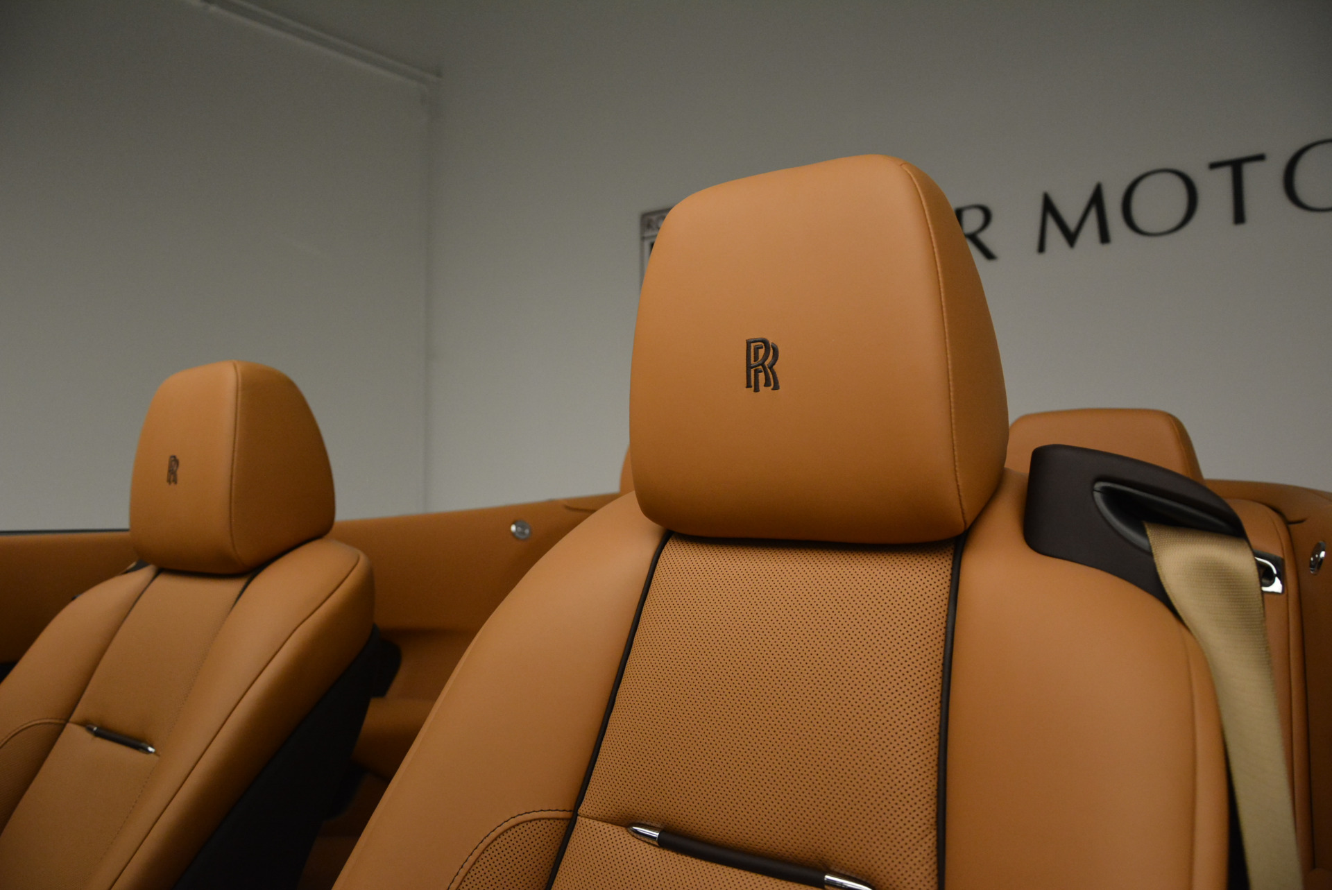 Used 2018 Rolls-Royce Dawn  For Sale In Westport, CT 2178_p20