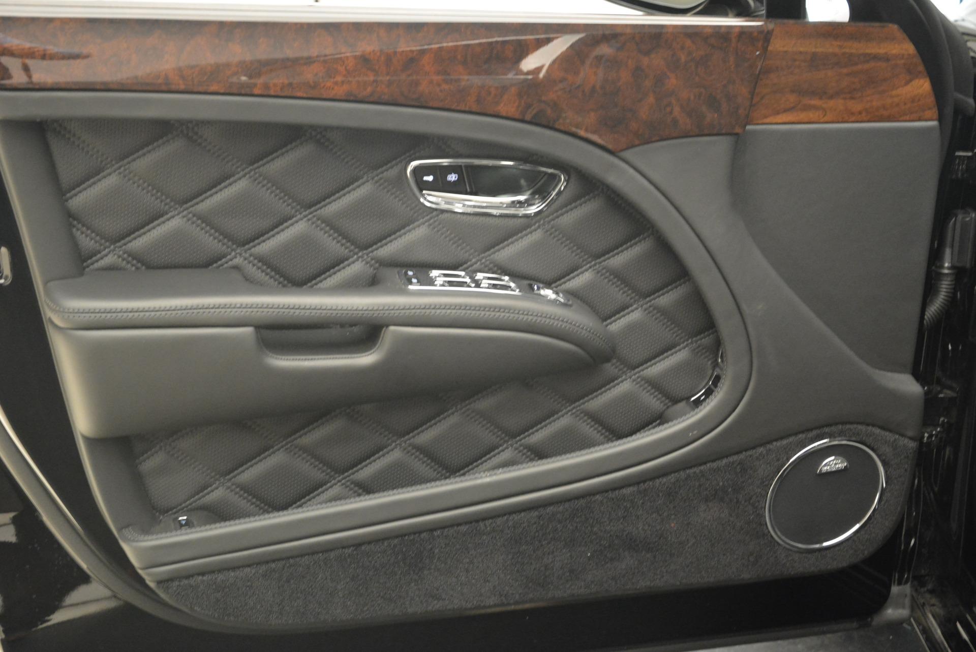 Used 2016 Bentley Mulsanne  For Sale In Westport, CT 2189_p18