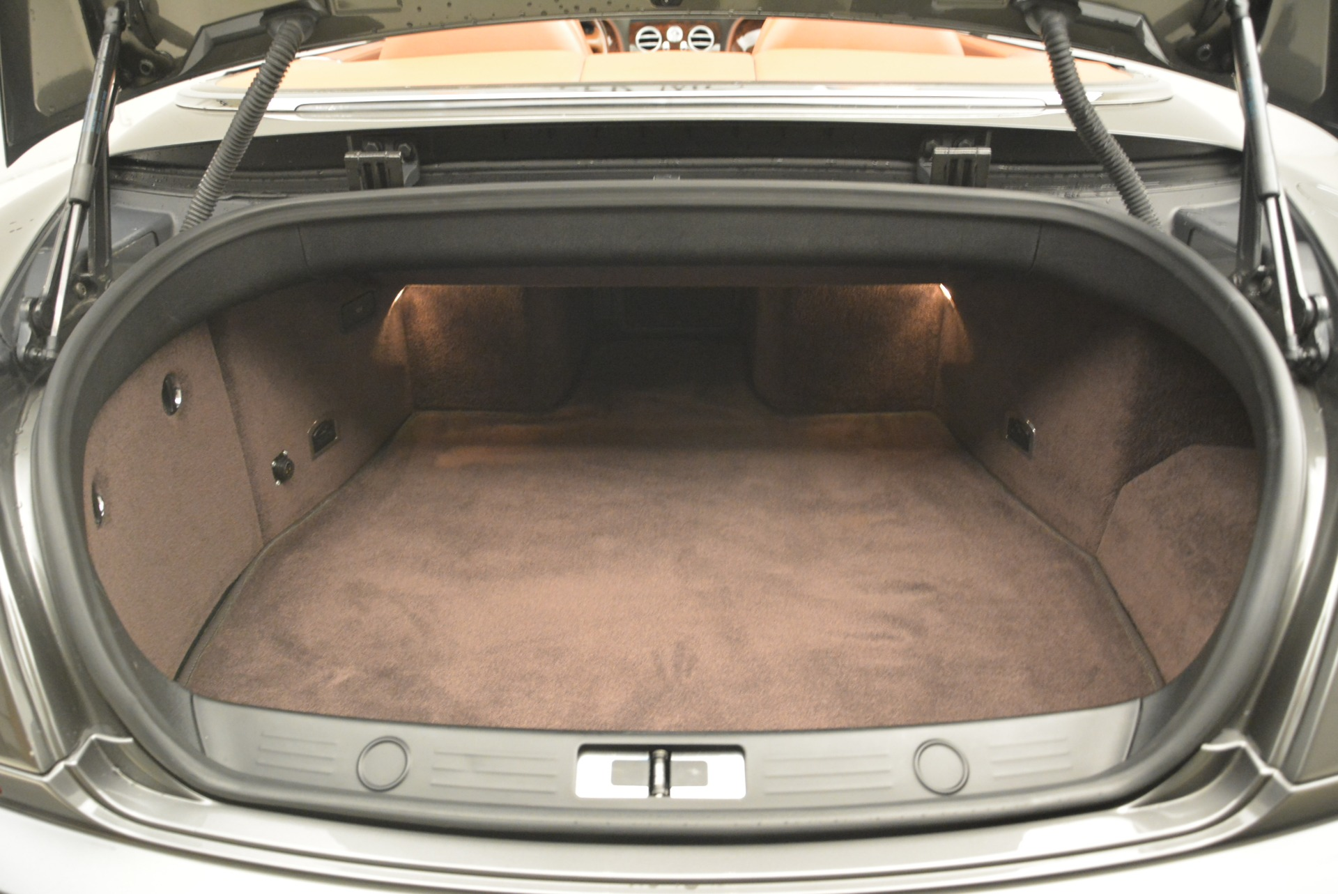 Used 2008 Bentley Continental GT W12 For Sale In Westport, CT 2190_p37