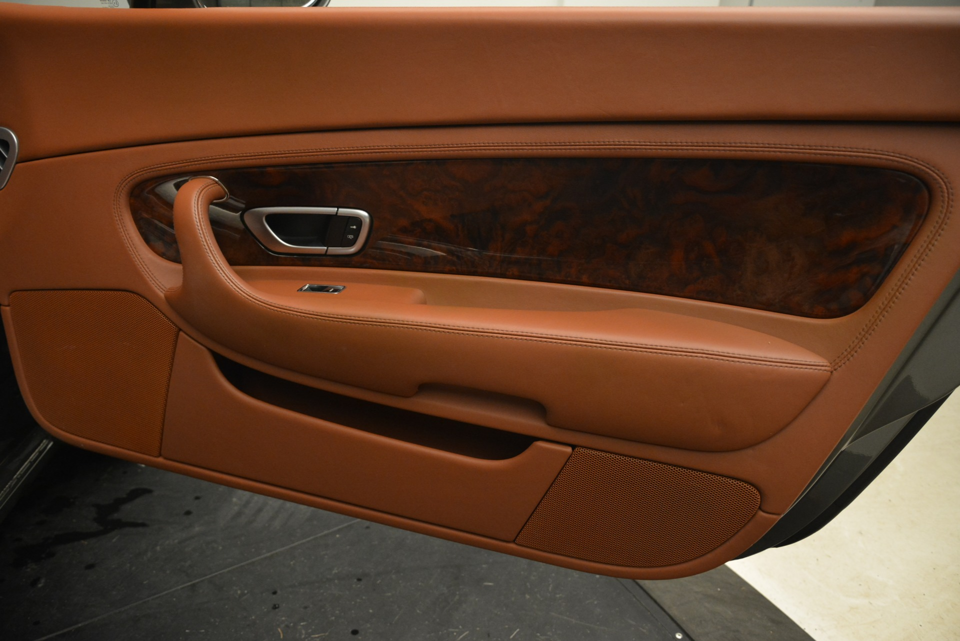 Used 2008 Bentley Continental GT W12 For Sale In Westport, CT 2190_p38