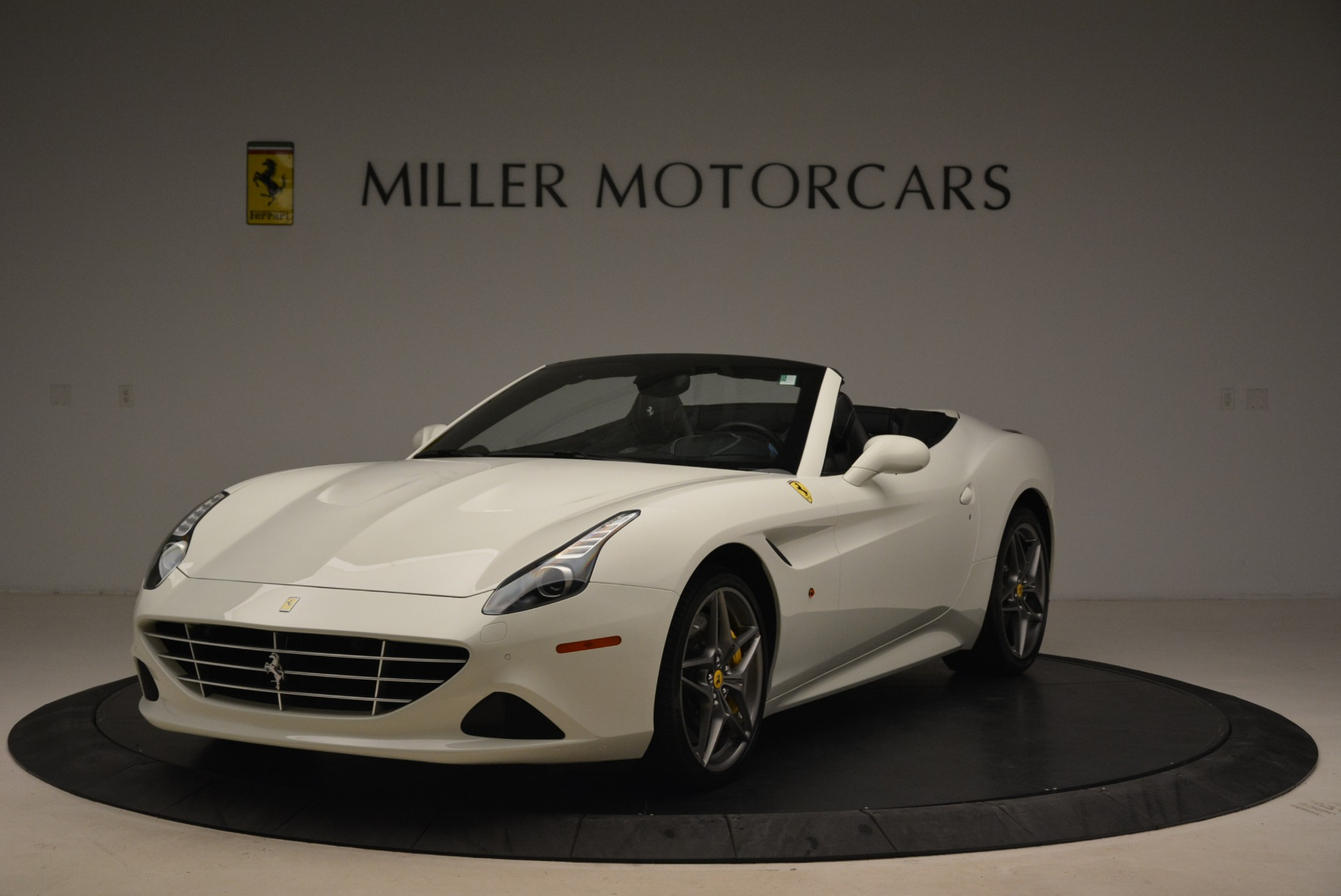 Used 2015 Ferrari California T  For Sale In Westport, CT
