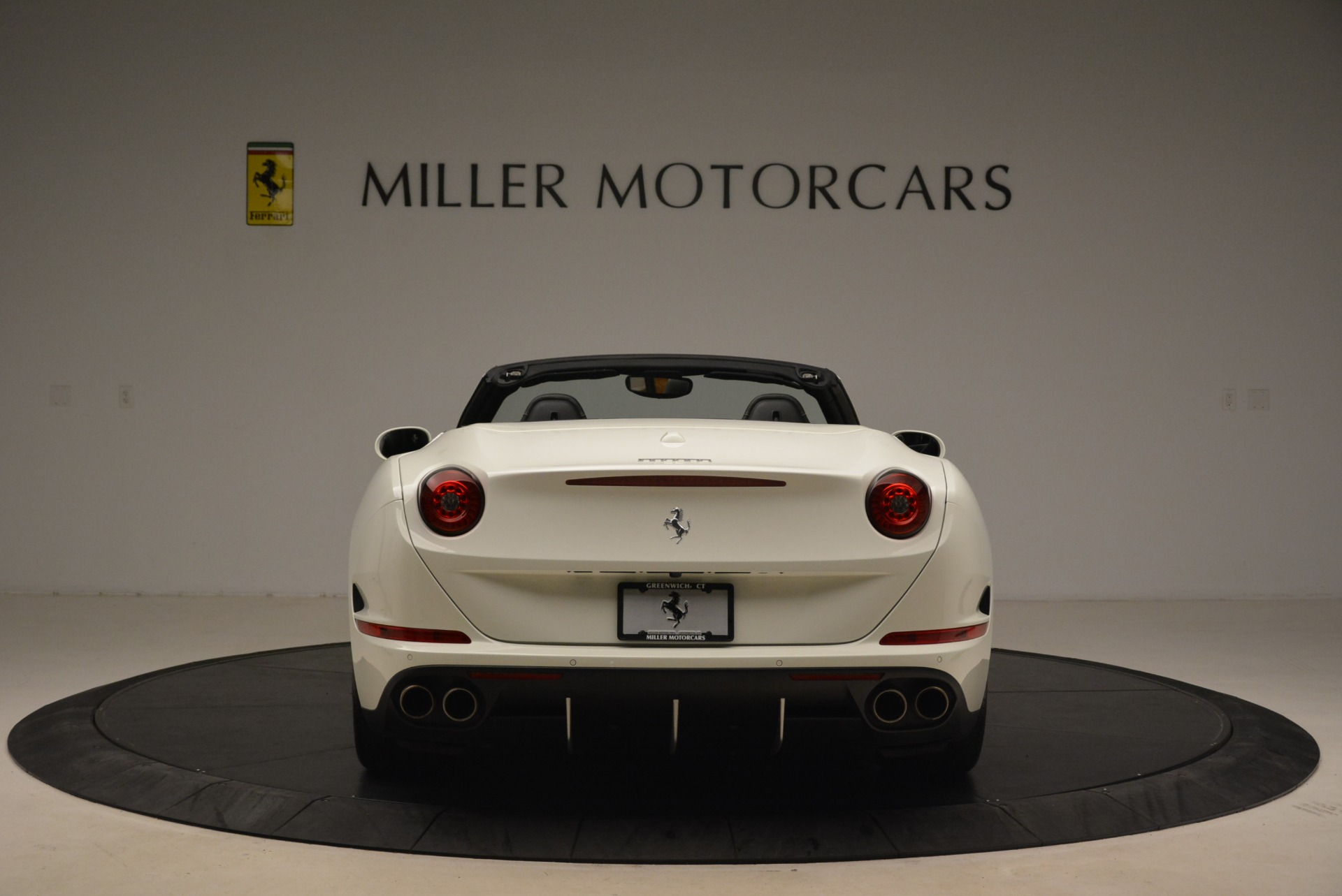 Used 2015 Ferrari California T  For Sale In Westport, CT 2199_p6