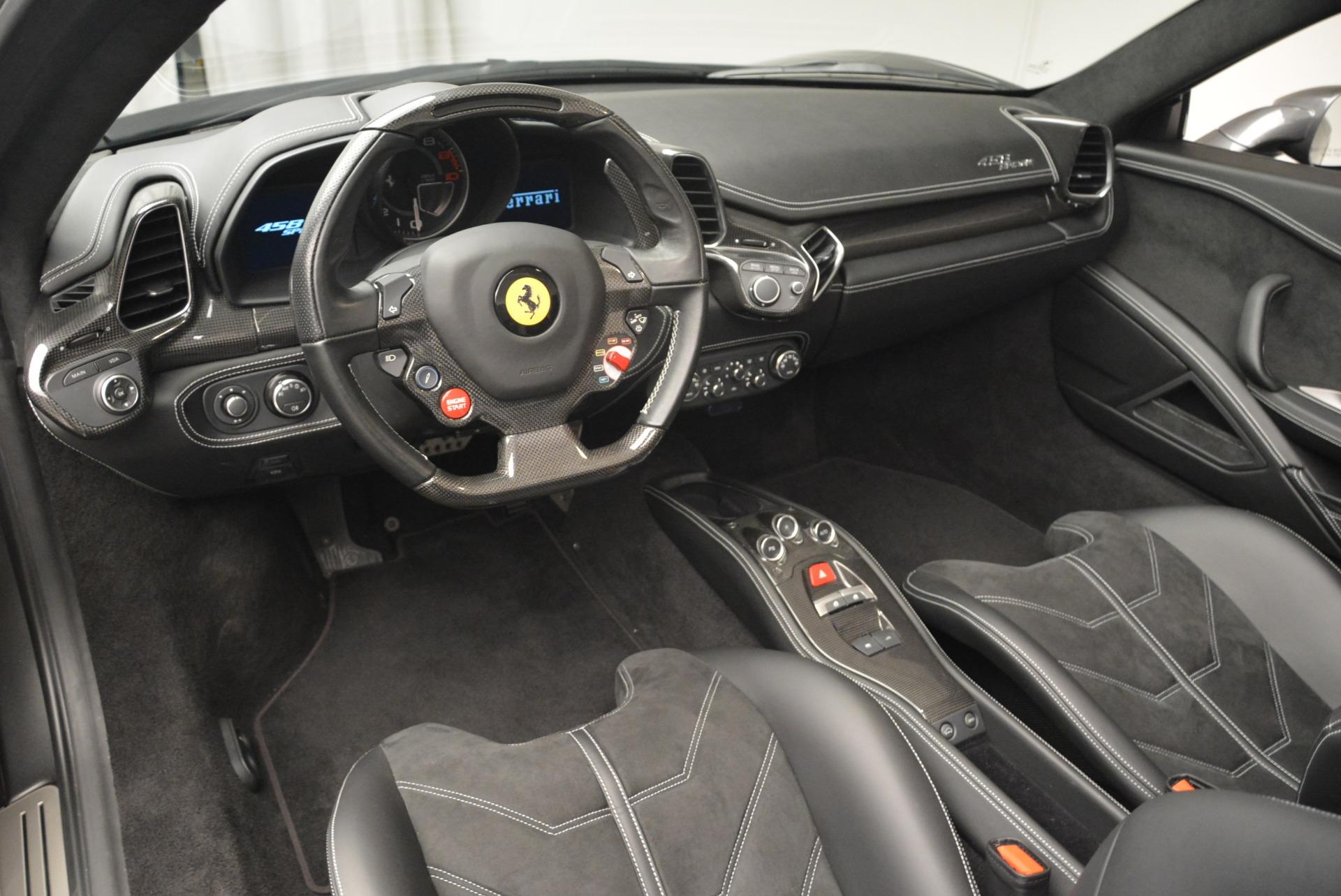 Used 2013 Ferrari 458 Spider  For Sale In Westport, CT 2202_p25