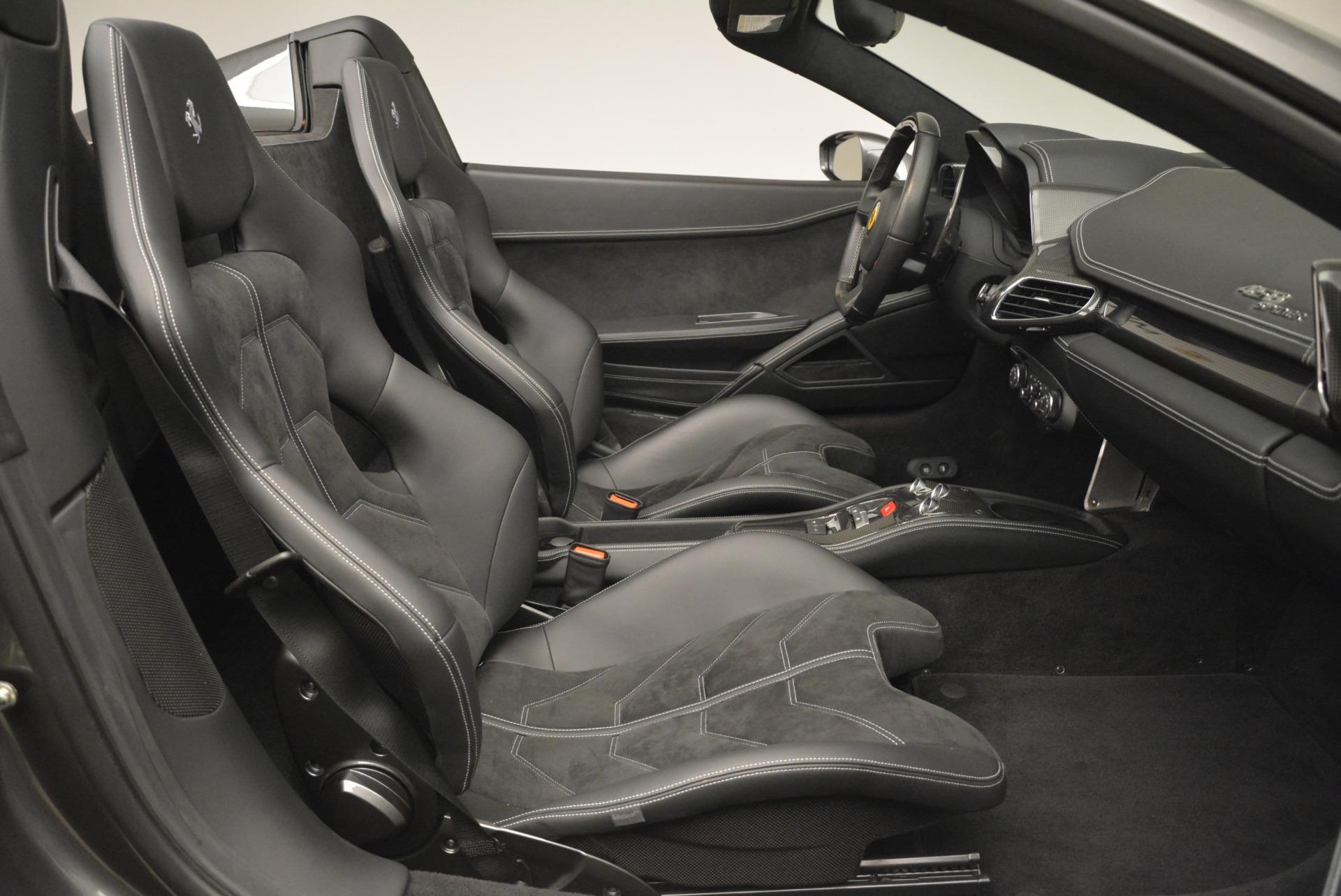 Used 2013 Ferrari 458 Spider  For Sale In Westport, CT 2202_p30