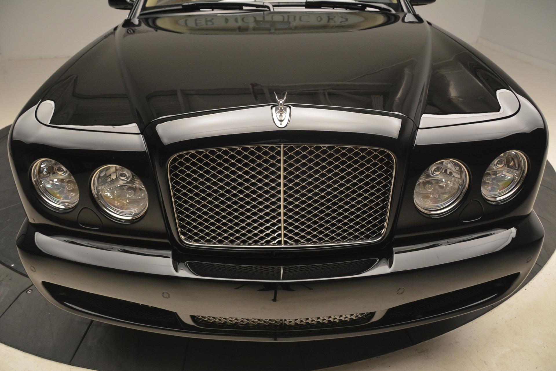 Used 2007 Bentley Azure  For Sale In Westport, CT 2203_p25
