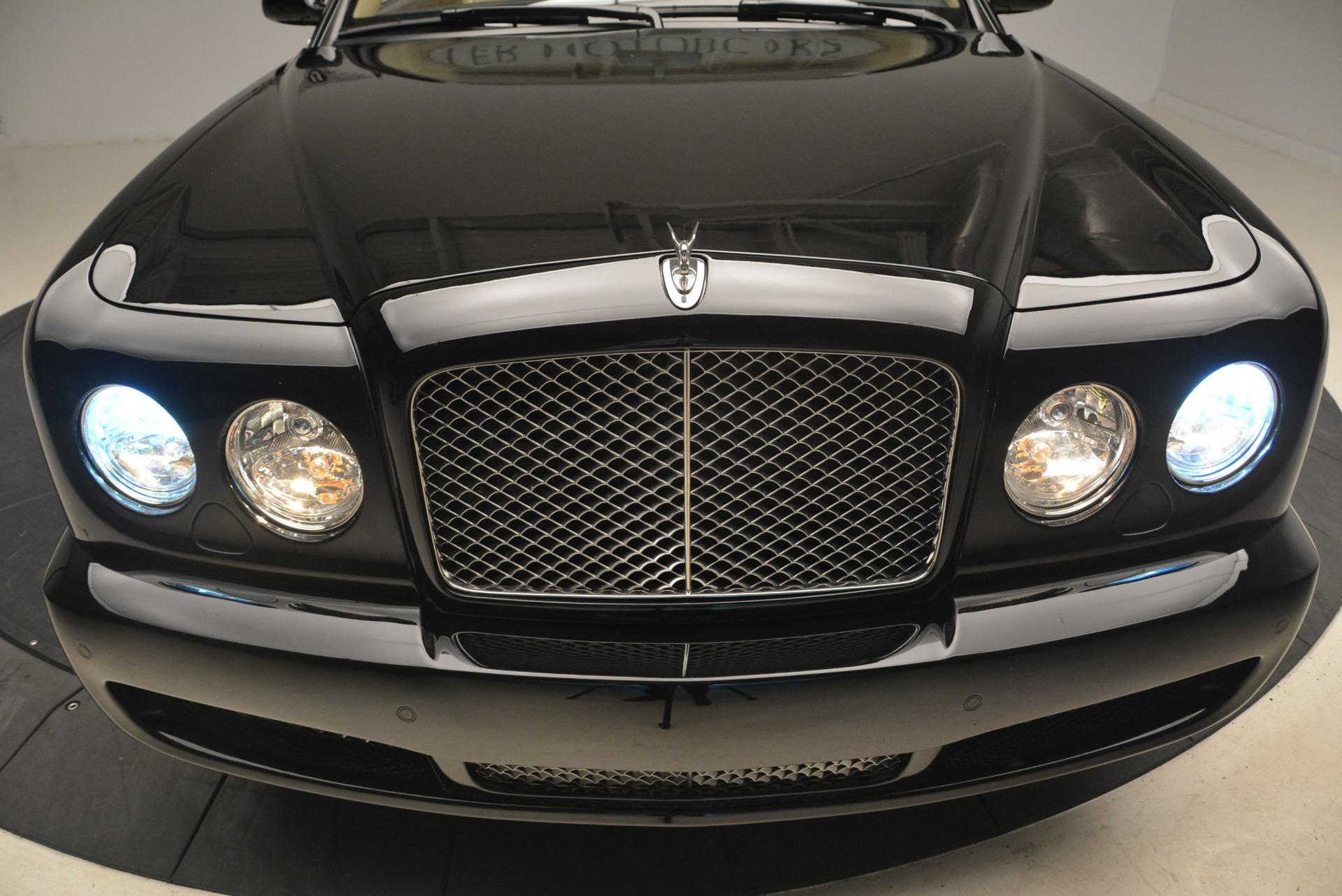 Used 2007 Bentley Azure  For Sale In Westport, CT 2203_p26