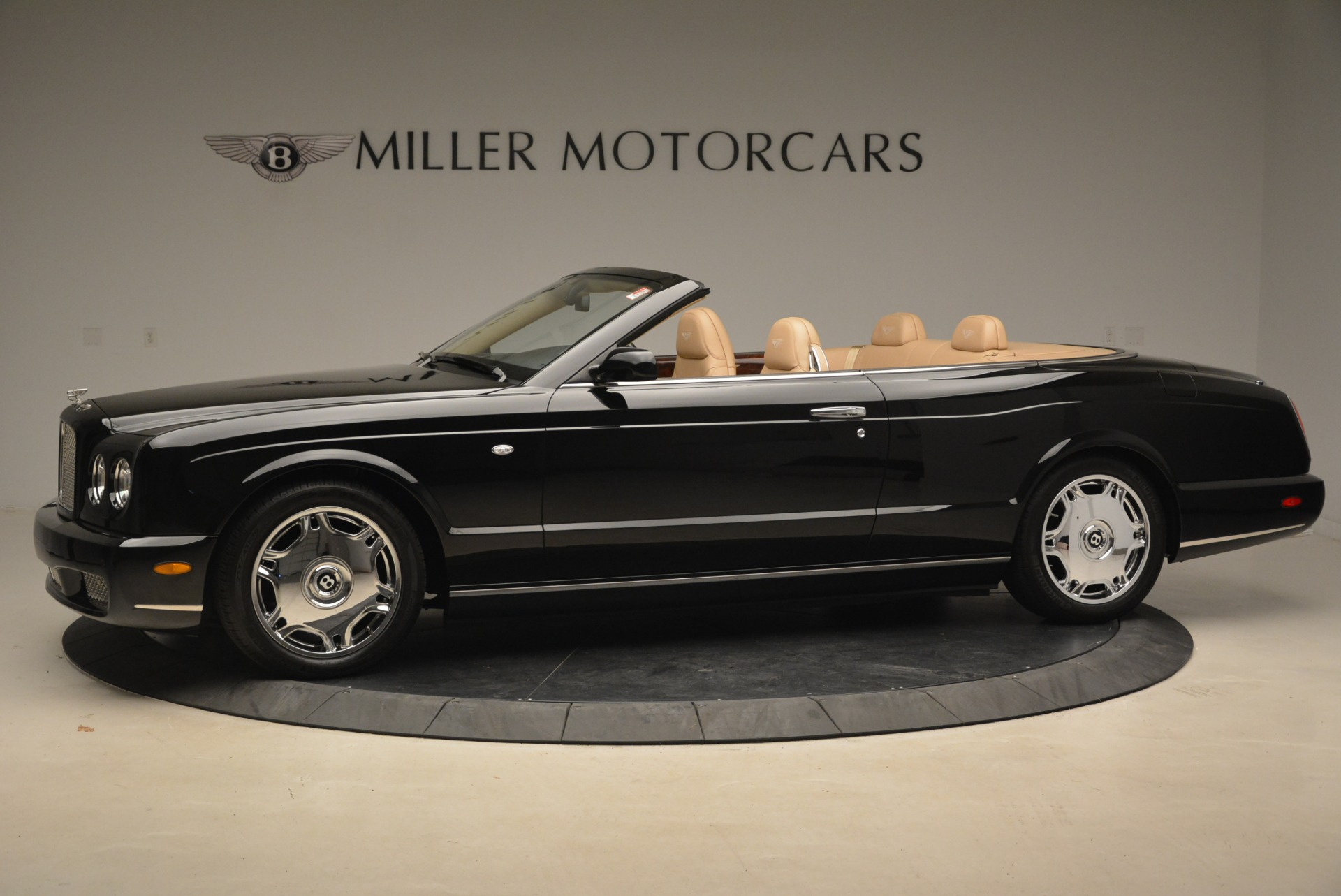 Used 2007 Bentley Azure  For Sale In Westport, CT 2203_p2