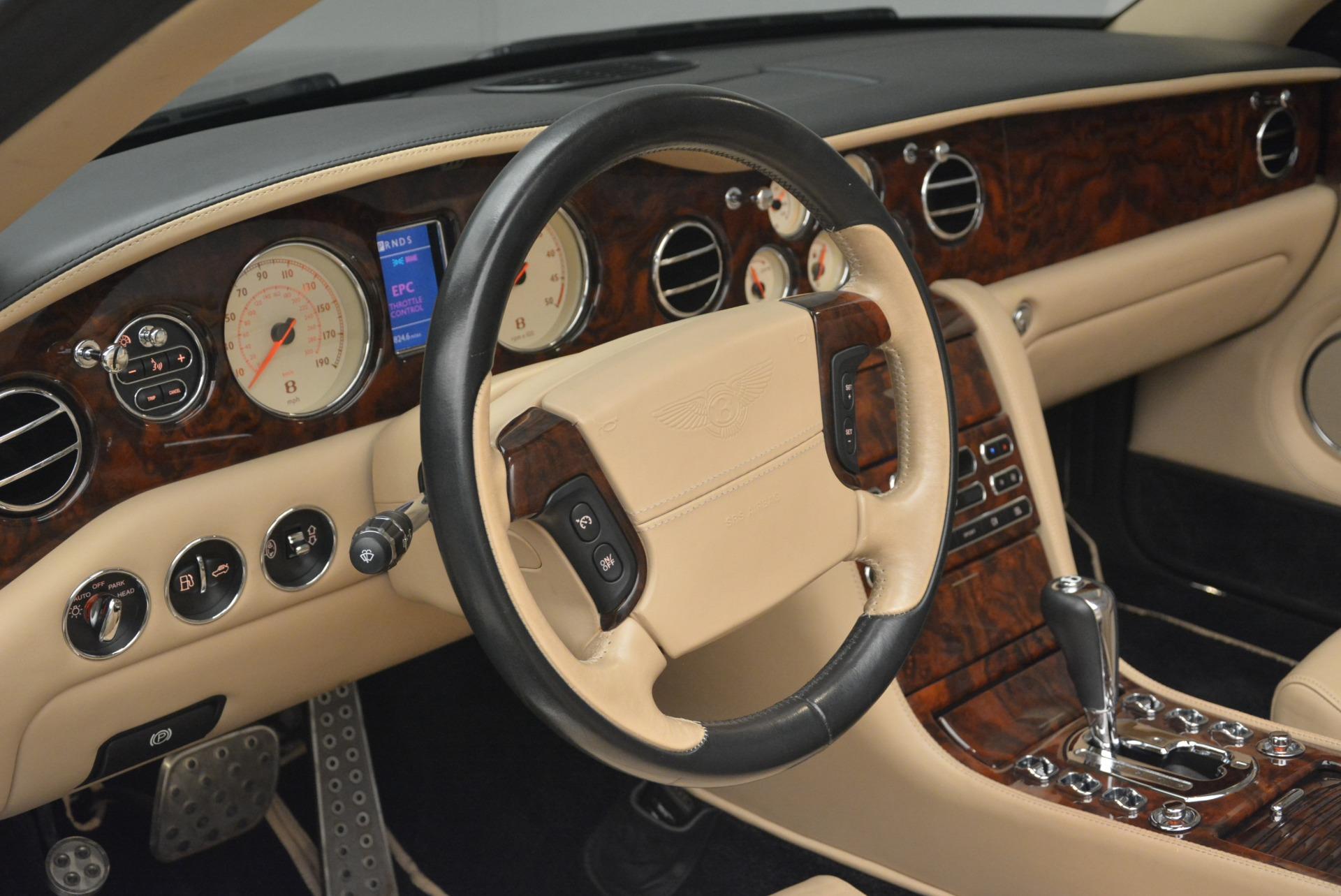 Used 2007 Bentley Azure  For Sale In Westport, CT 2203_p33