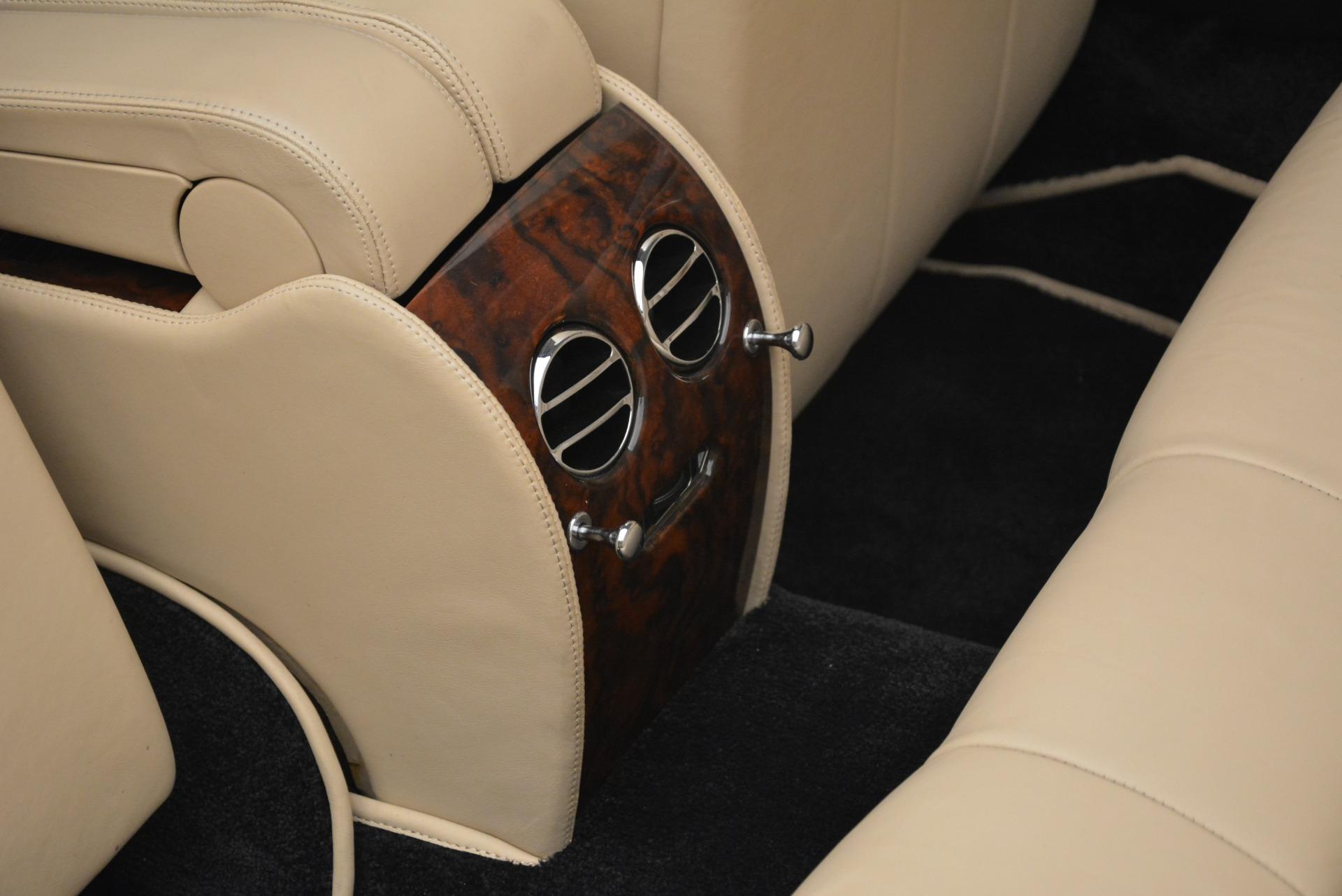 Used 2007 Bentley Azure  For Sale In Westport, CT 2203_p38