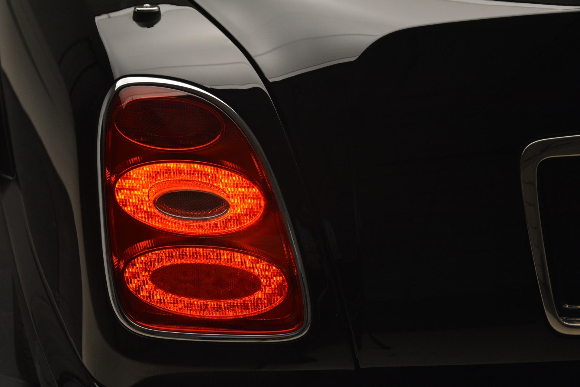 Used 2007 Bentley Azure  For Sale In Westport, CT 2203_p39
