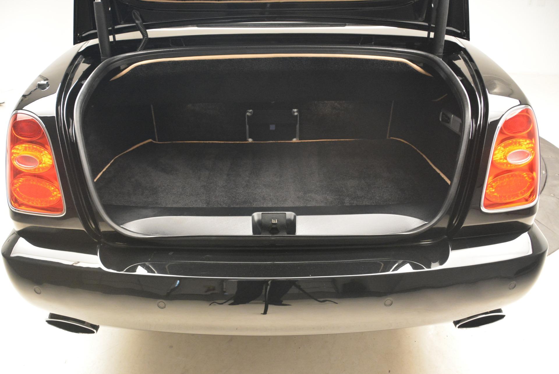 Used 2007 Bentley Azure  For Sale In Westport, CT 2203_p47