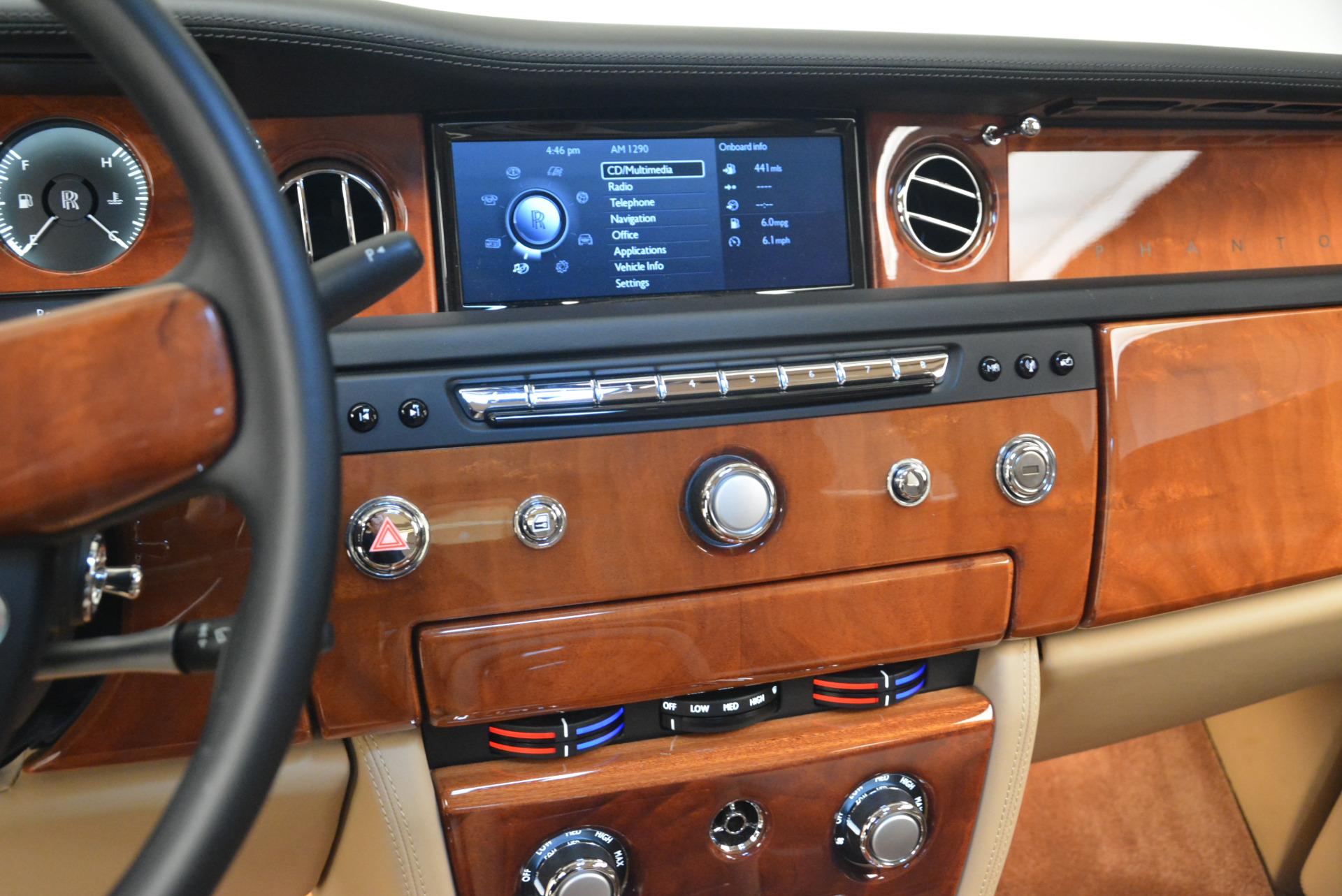 Used 2013 Rolls-Royce Phantom  For Sale In Westport, CT 2208_p16