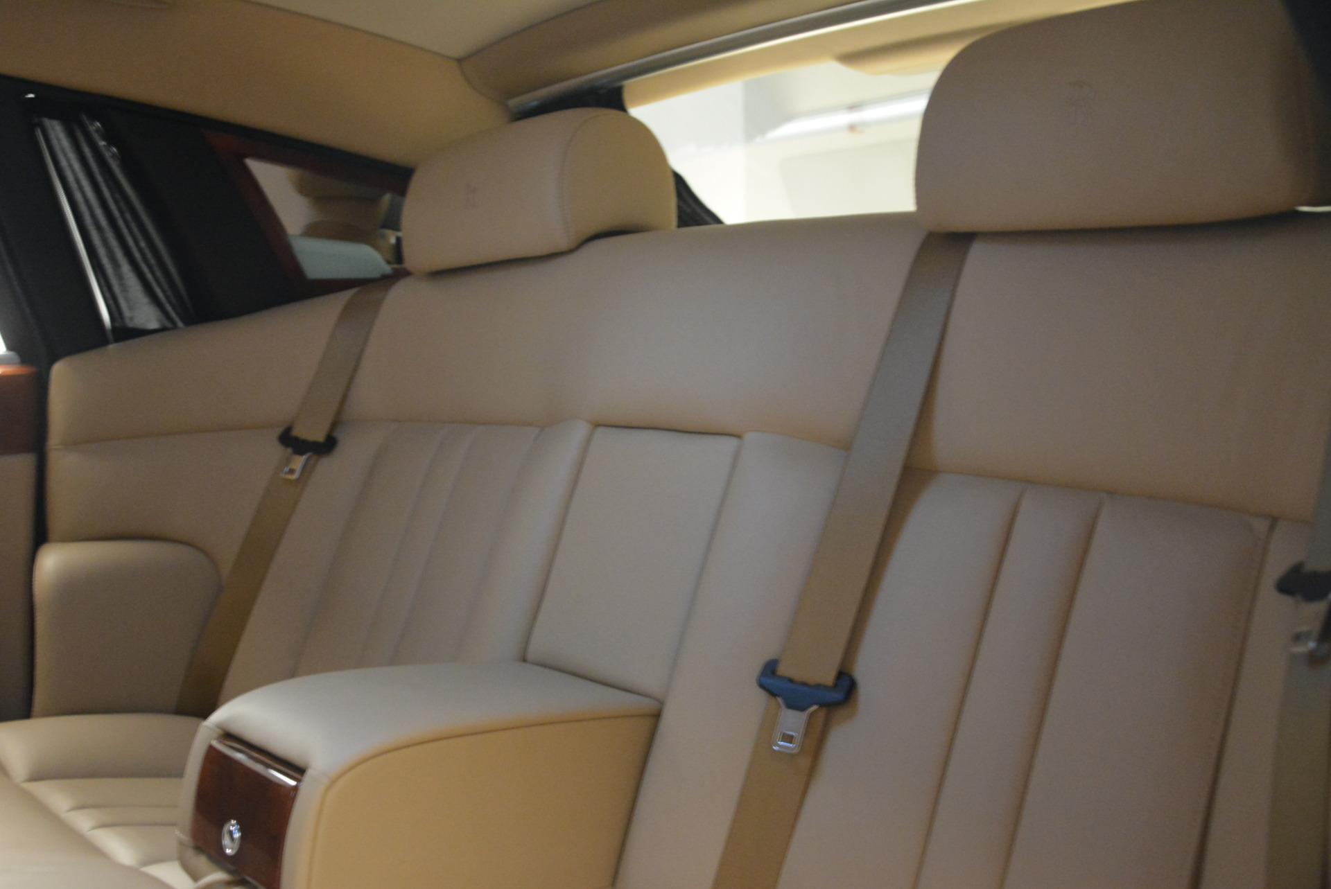 Used 2013 Rolls-Royce Phantom  For Sale In Westport, CT 2208_p20