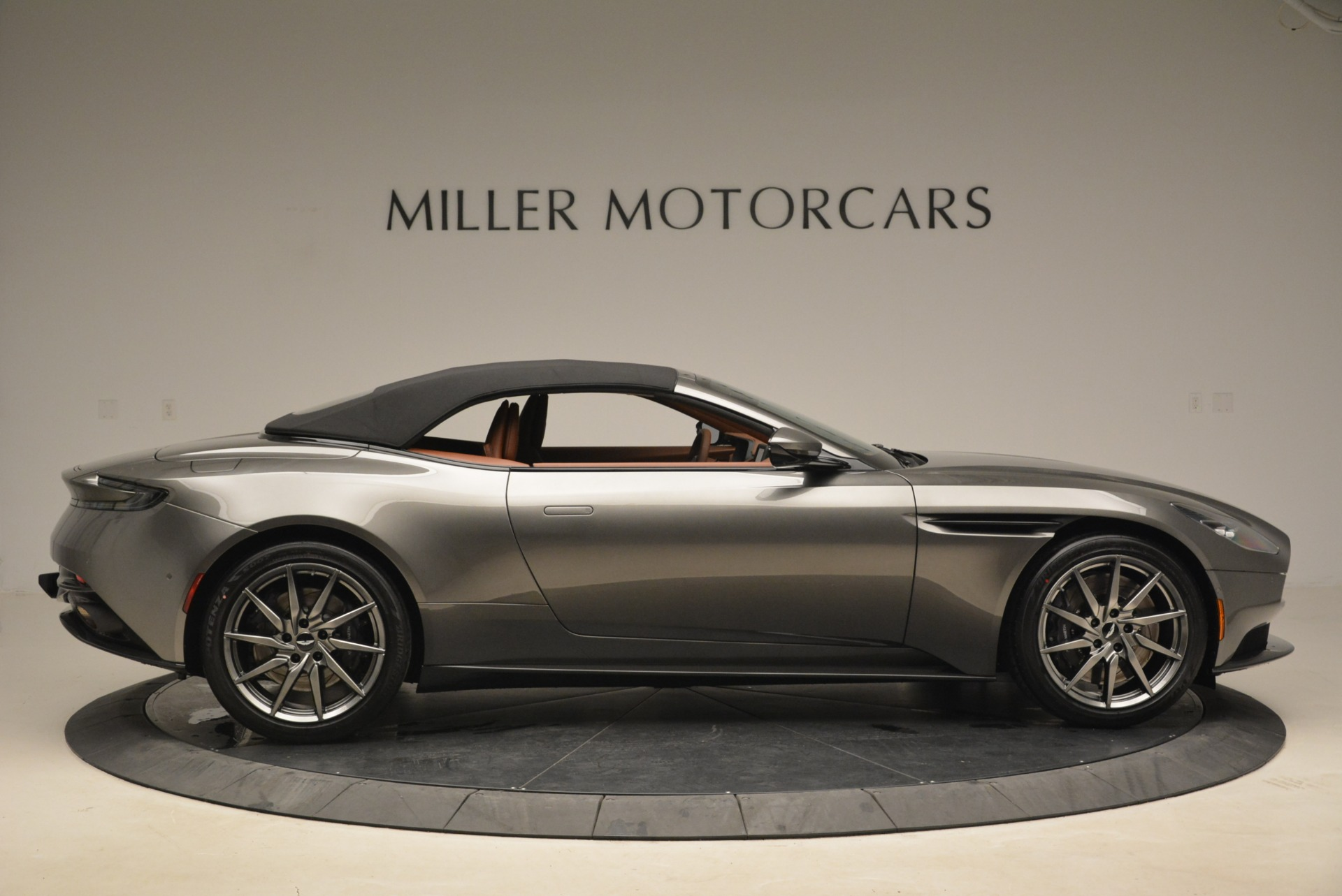 New 2019 Aston Martin DB11 Volante  For Sale In Westport, CT 2209_p21
