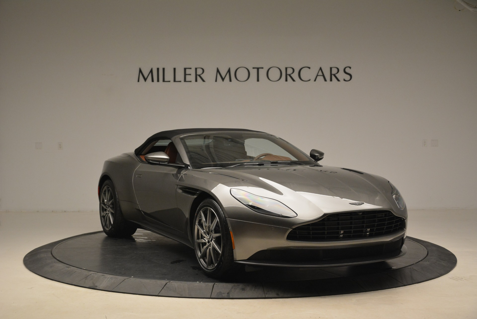 New 2019 Aston Martin DB11 Volante  For Sale In Westport, CT 2209_p23