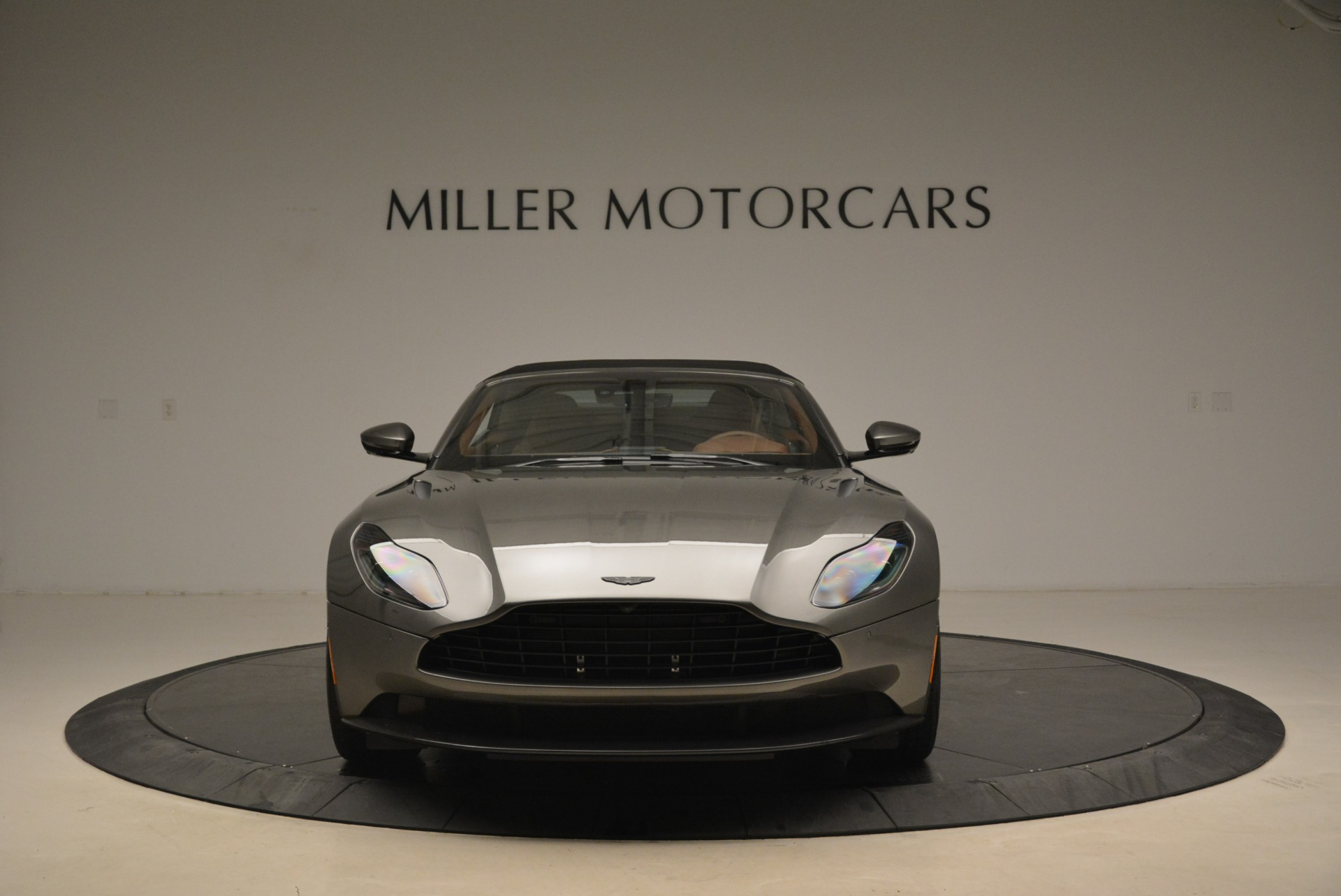 New 2019 Aston Martin DB11 Volante  For Sale In Westport, CT 2209_p24