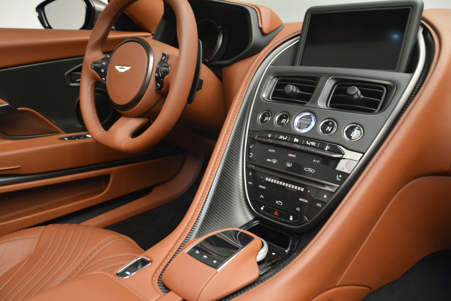 New 2019 Aston Martin DB11 Volante  For Sale In Westport, CT 2209_p29