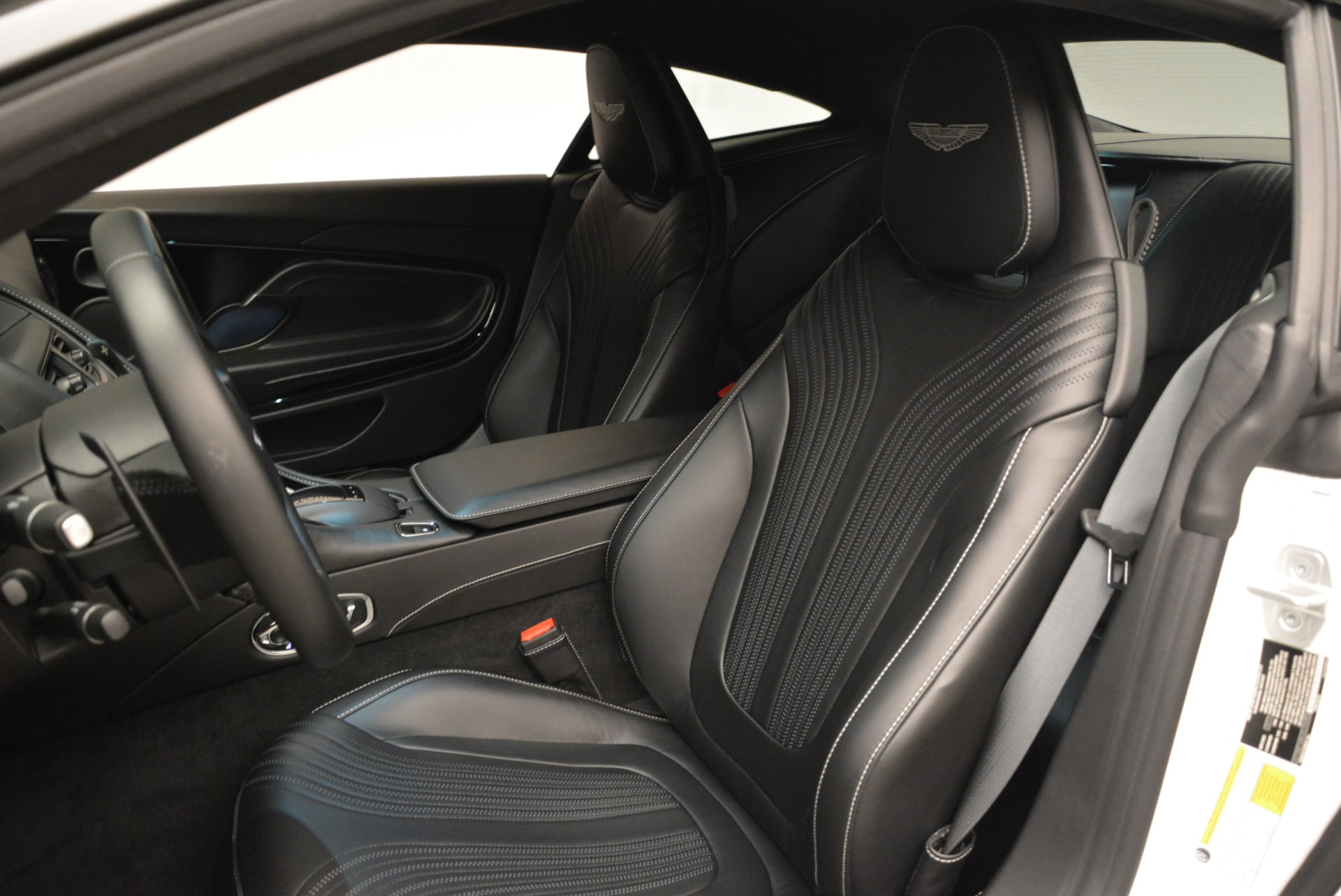 New 2018 Aston Martin DB11 V8 Coupe For Sale In Westport, CT 2211_p14