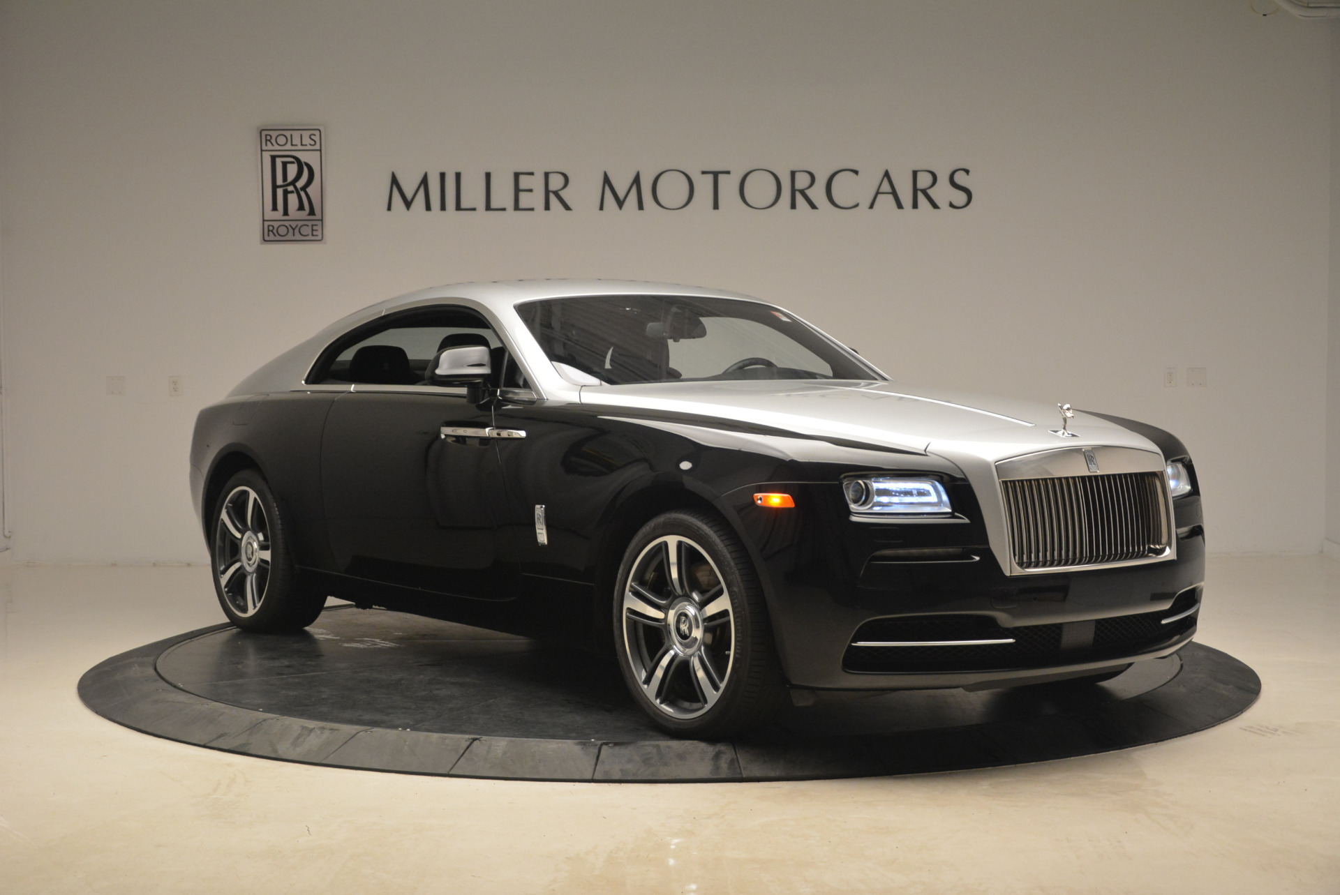 Used 2014 Rolls-Royce Wraith  For Sale In Westport, CT 2216_p11