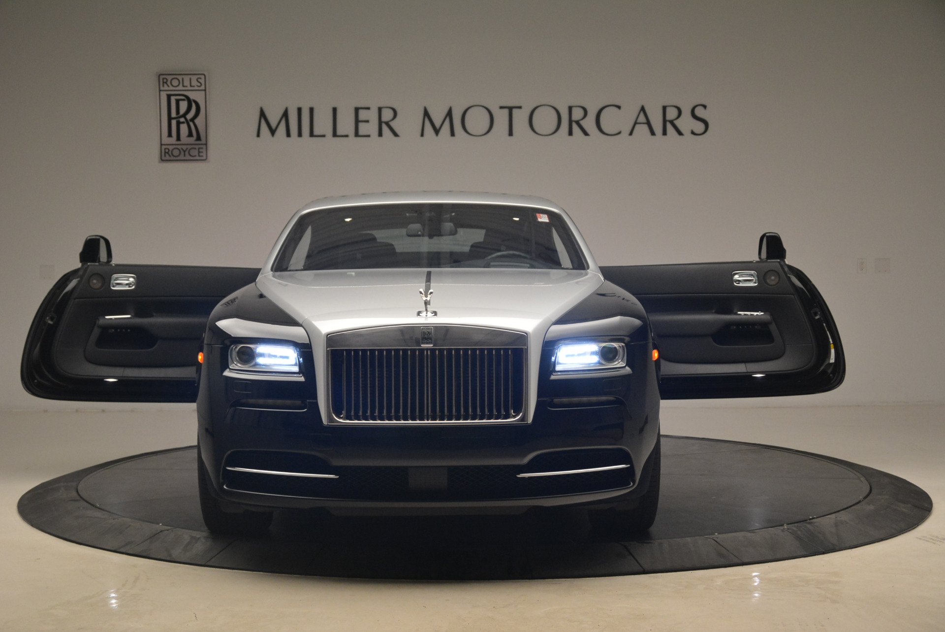 Used 2014 Rolls-Royce Wraith  For Sale In Westport, CT 2216_p13