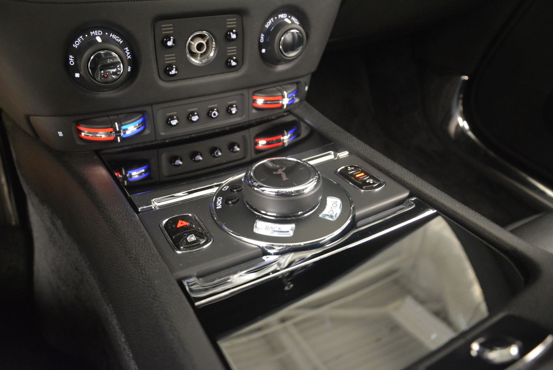 Used 2014 Rolls-Royce Wraith  For Sale In Westport, CT 2216_p22