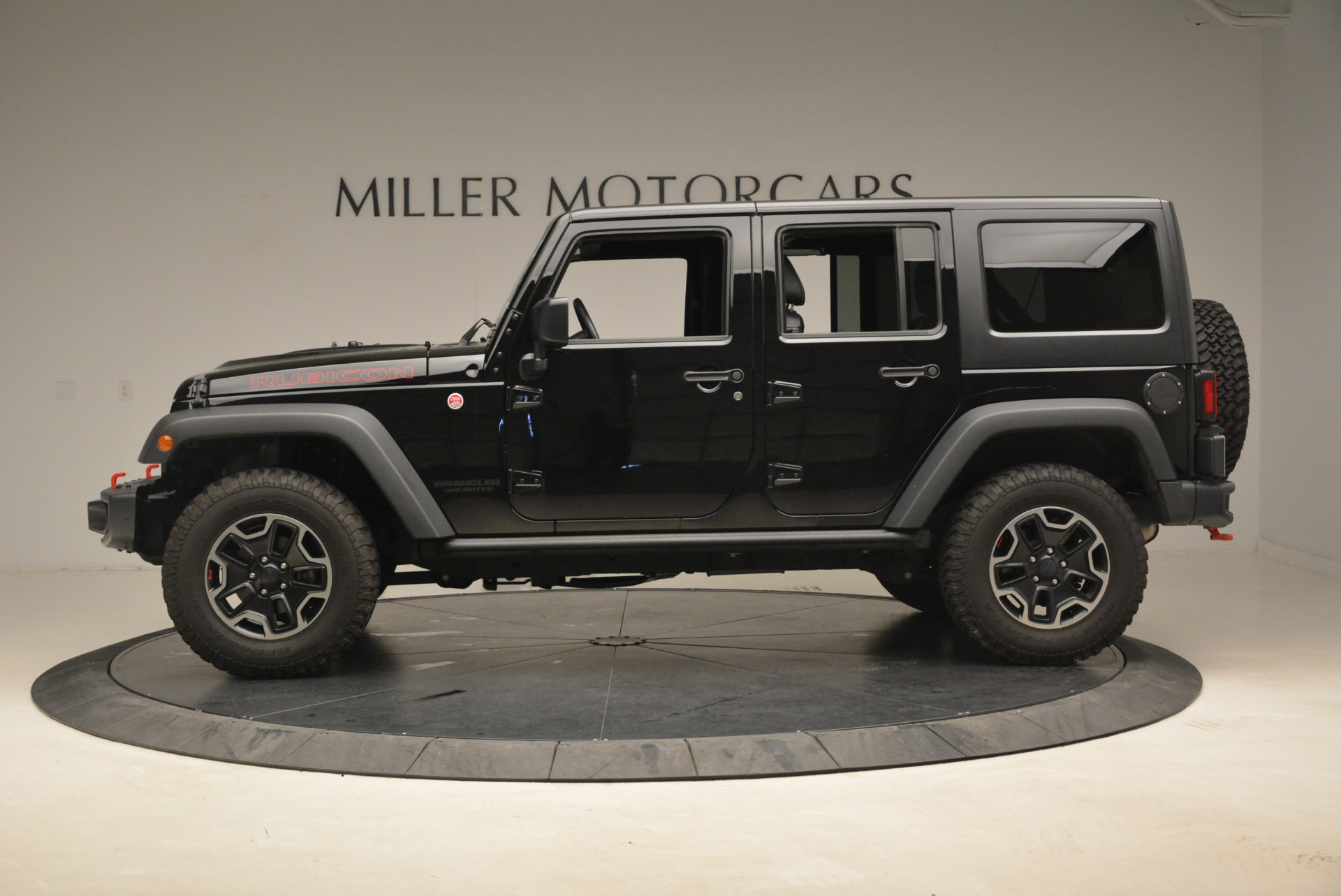 Used 2016 Jeep Wrangler Unlimited Rubicon For Sale In Westport, CT 2218_p3