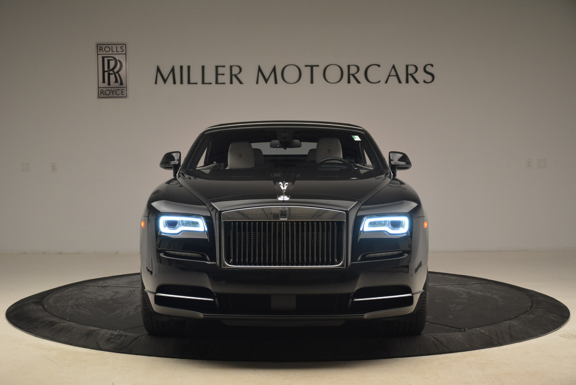 Used 2016 Rolls-Royce Dawn  For Sale In Westport, CT 2220_p24