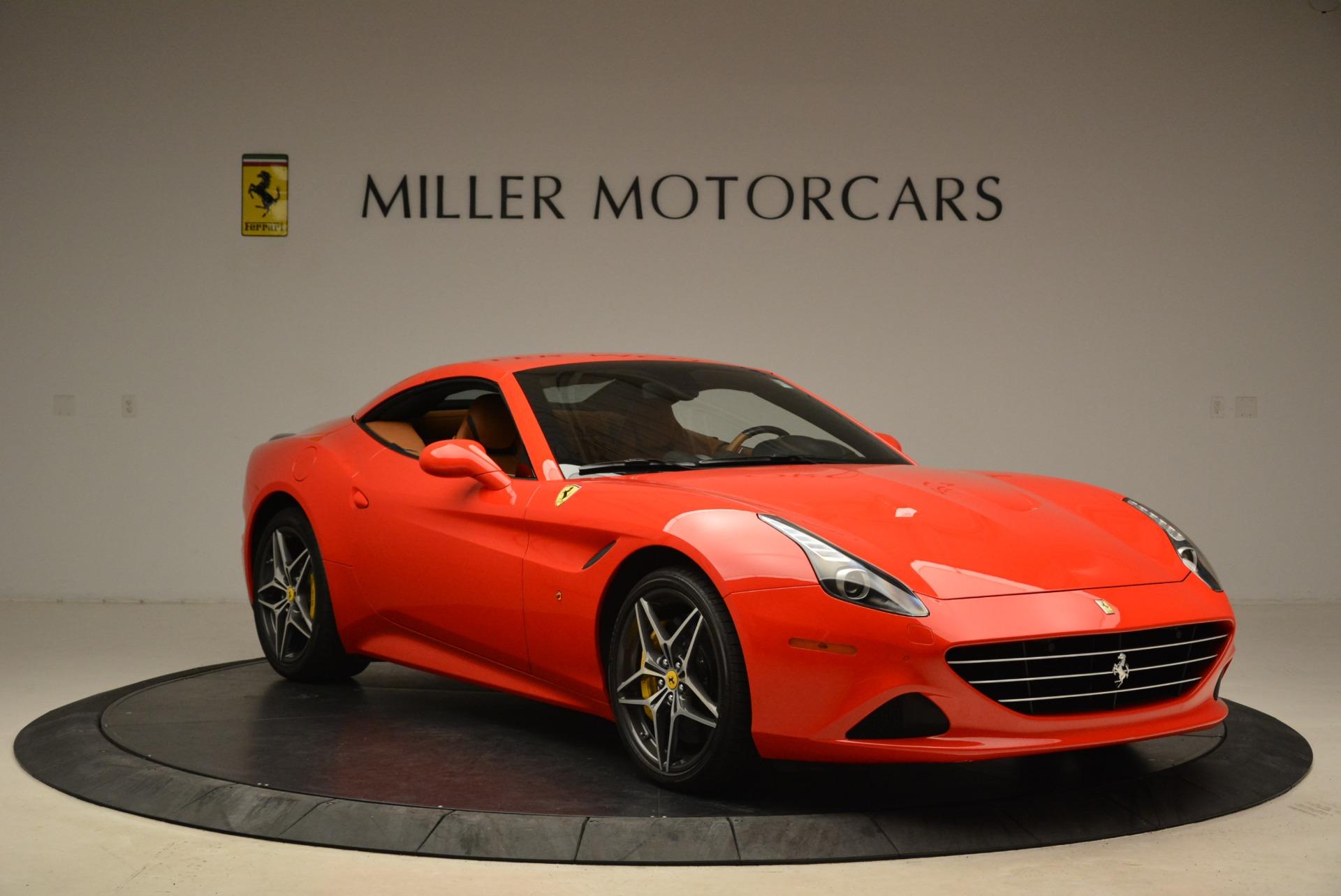 Used 2015 Ferrari California T  For Sale In Westport, CT 2221_p23