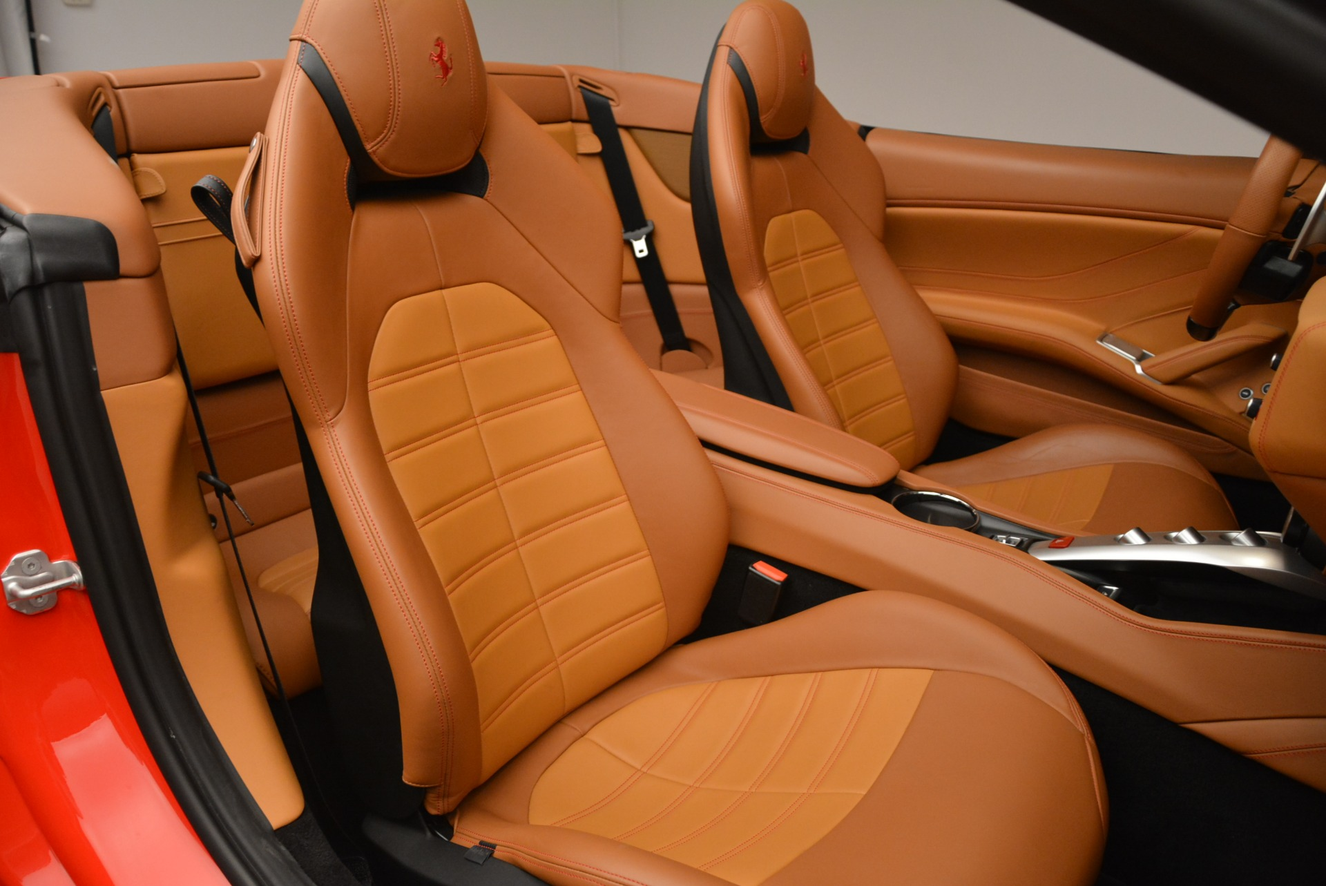 Used 2015 Ferrari California T  For Sale In Westport, CT 2221_p32