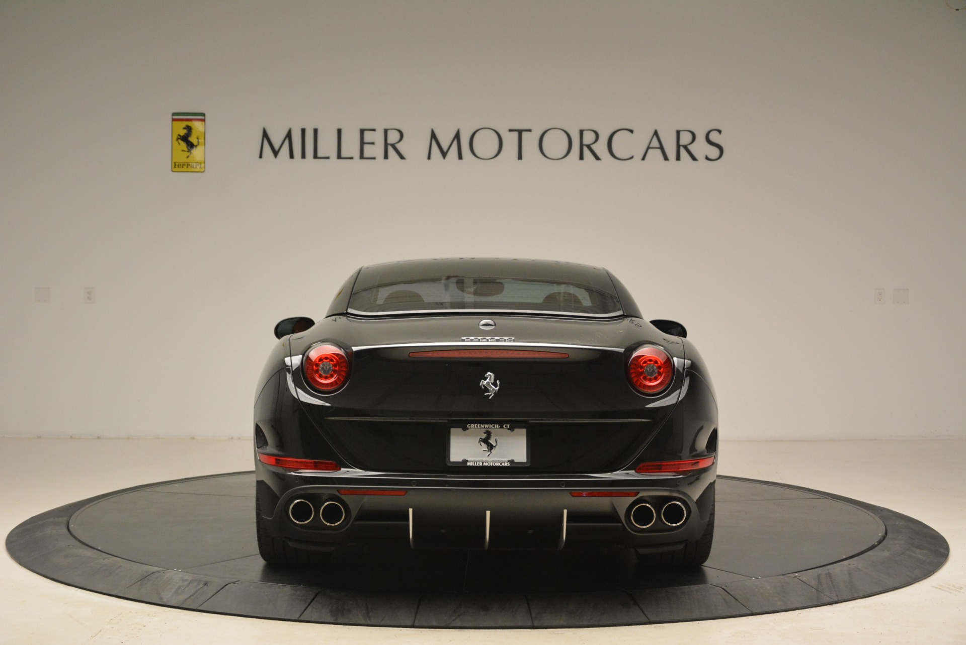 Used 2015 Ferrari California T  For Sale In Westport, CT 2224_p18
