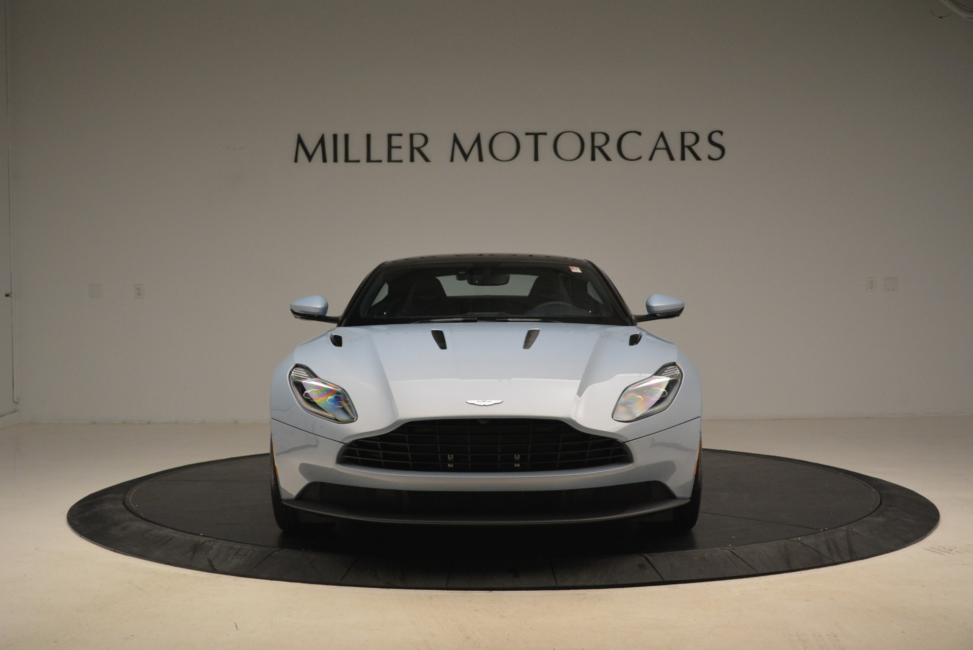 New 2018 Aston Martin DB11 V12 For Sale In Westport, CT 2225_p12