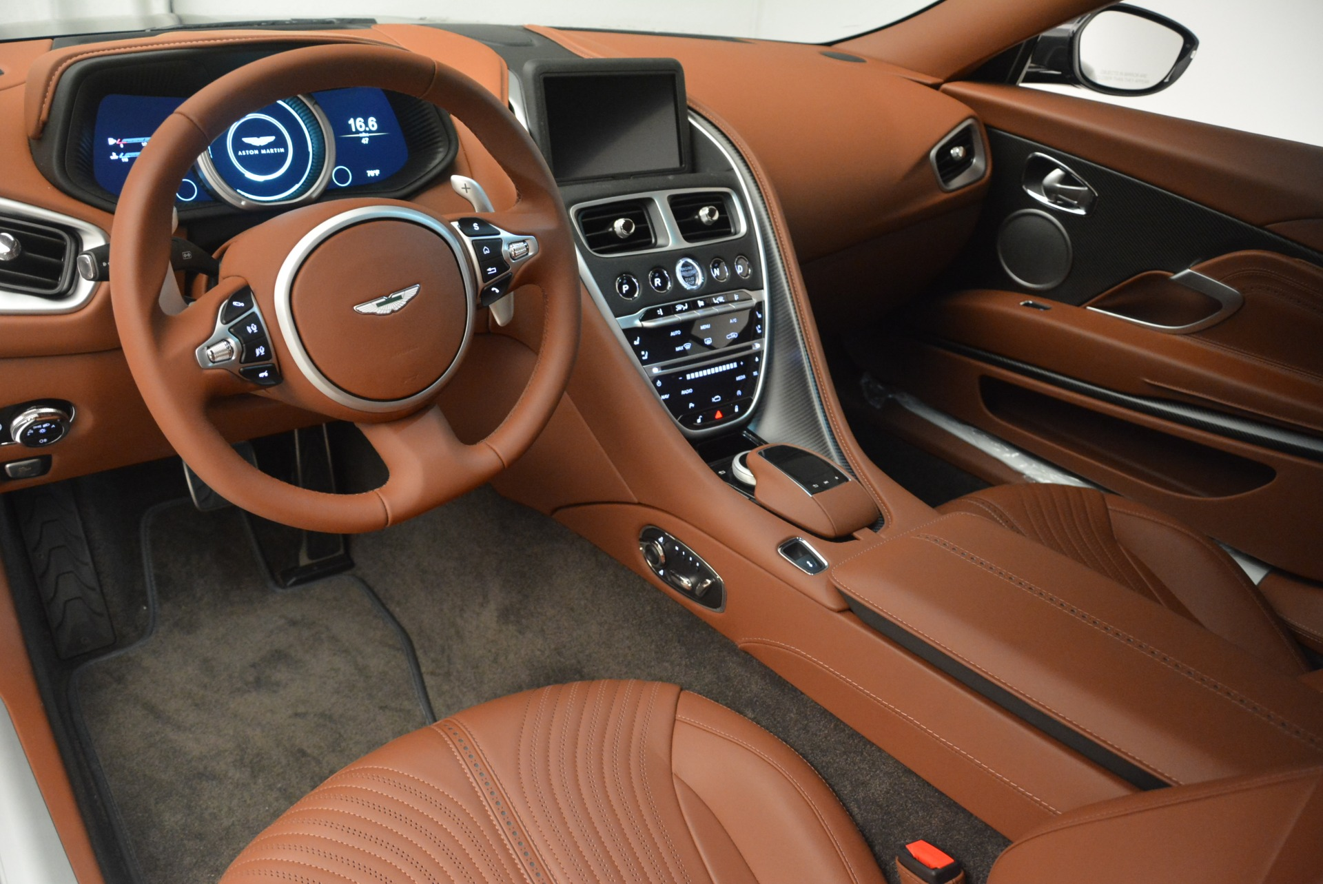 New 2018 Aston Martin DB11 V12 Coupe For Sale In Westport, CT 2226_p14