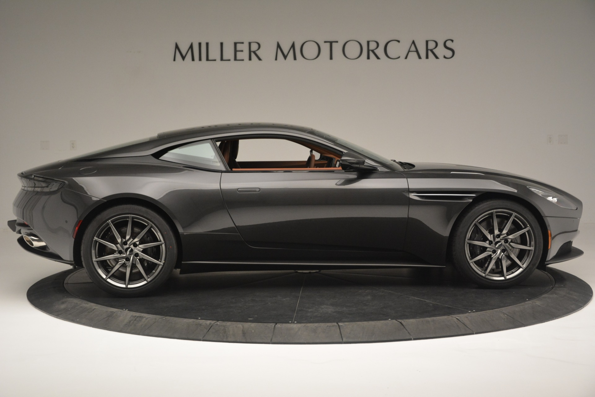 New 2018 Aston Martin DB11 V12 Coupe For Sale In Westport, CT 2226_p9