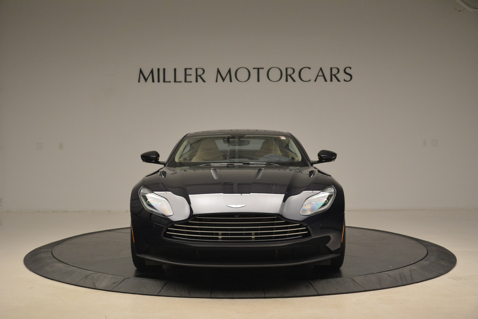 New 2018 Aston Martin DB11 V12 Coupe For Sale In Westport, CT 2227_p12