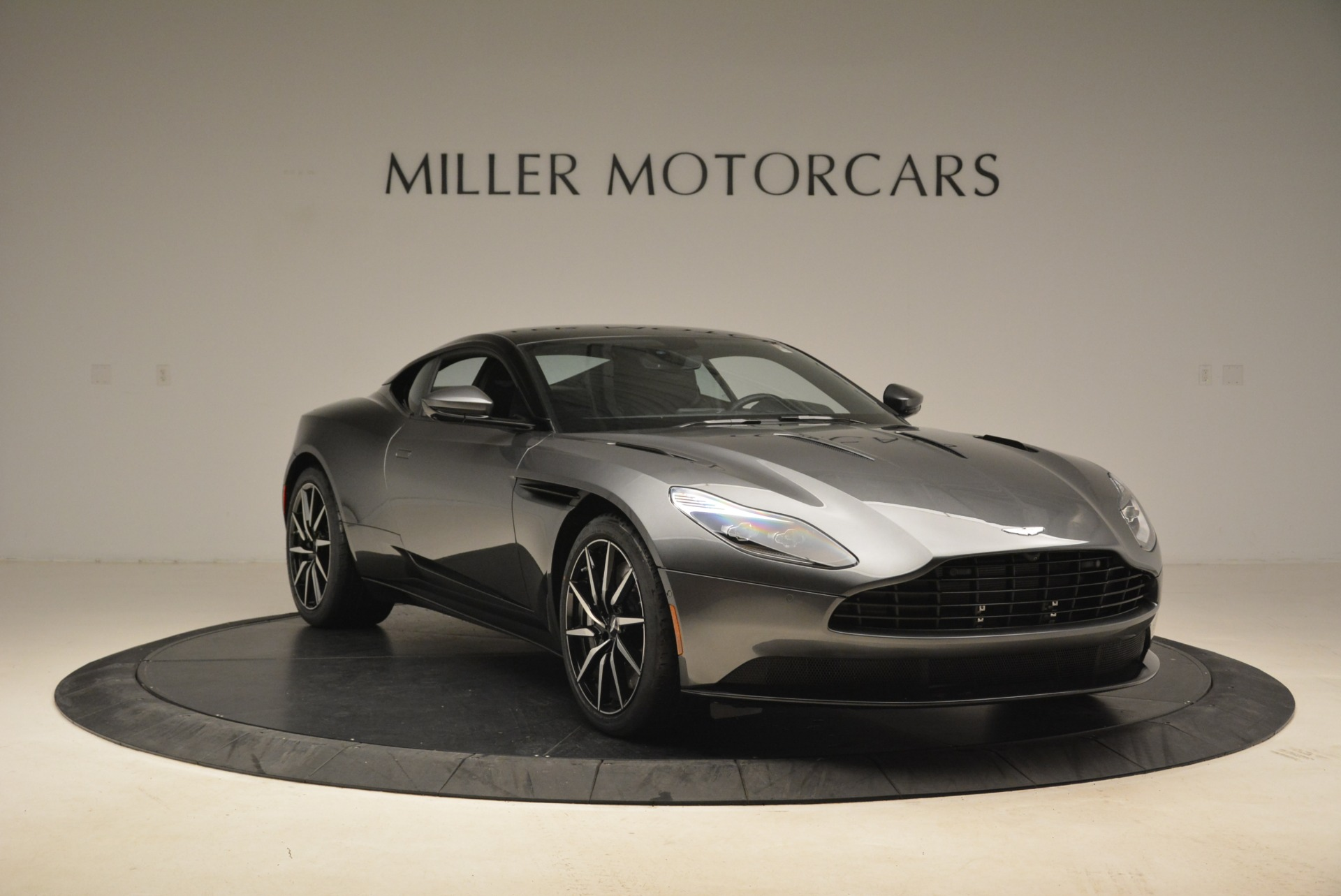 New 2018 Aston Martin DB11 V12 Coupe For Sale In Westport, CT 2228_p11