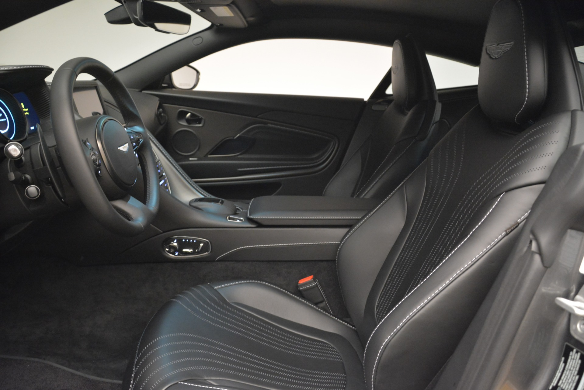 New 2018 Aston Martin DB11 V12 Coupe For Sale In Westport, CT 2228_p13