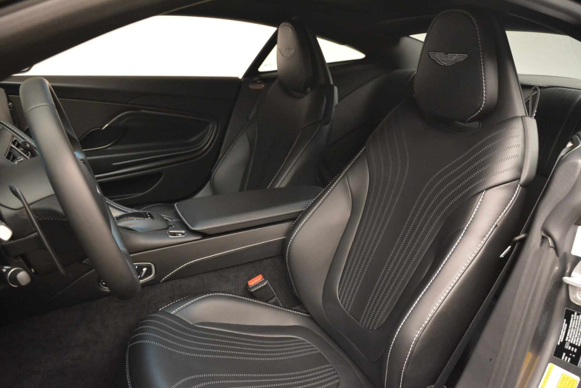 New 2018 Aston Martin DB11 V12 Coupe For Sale In Westport, CT 2228_p15