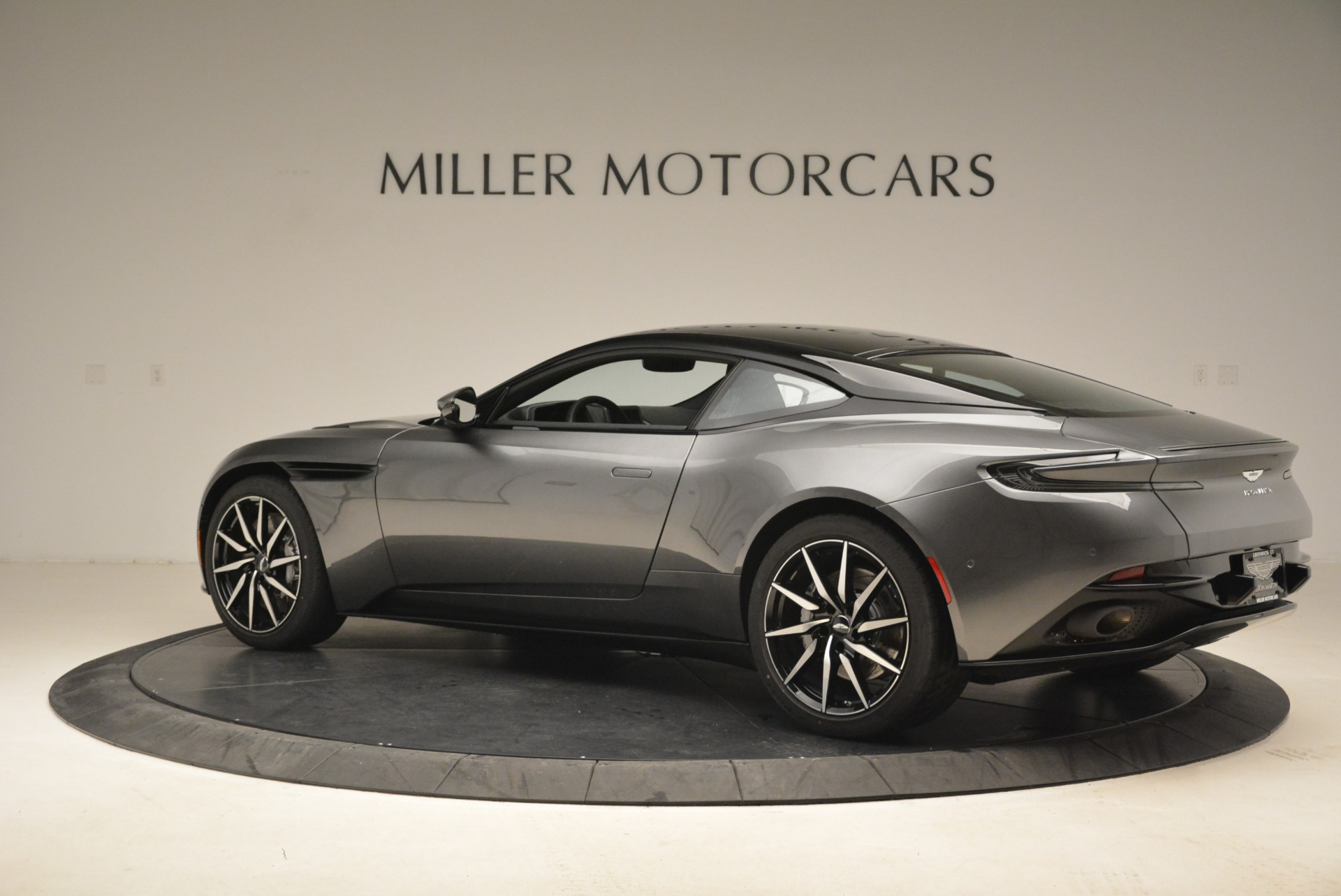 New 2018 Aston Martin DB11 V12 Coupe For Sale In Westport, CT 2228_p4
