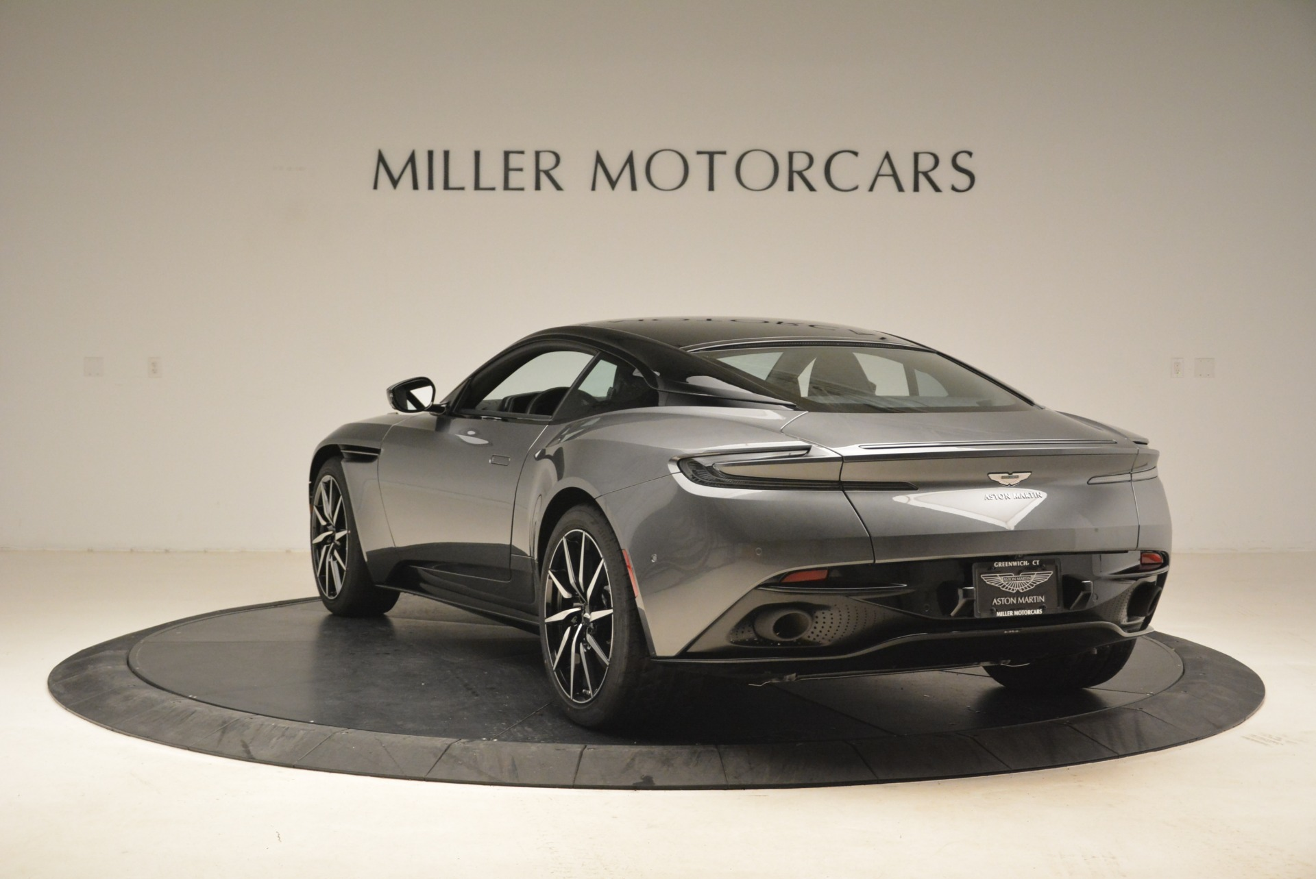 New 2018 Aston Martin DB11 V12 Coupe For Sale In Westport, CT 2228_p5