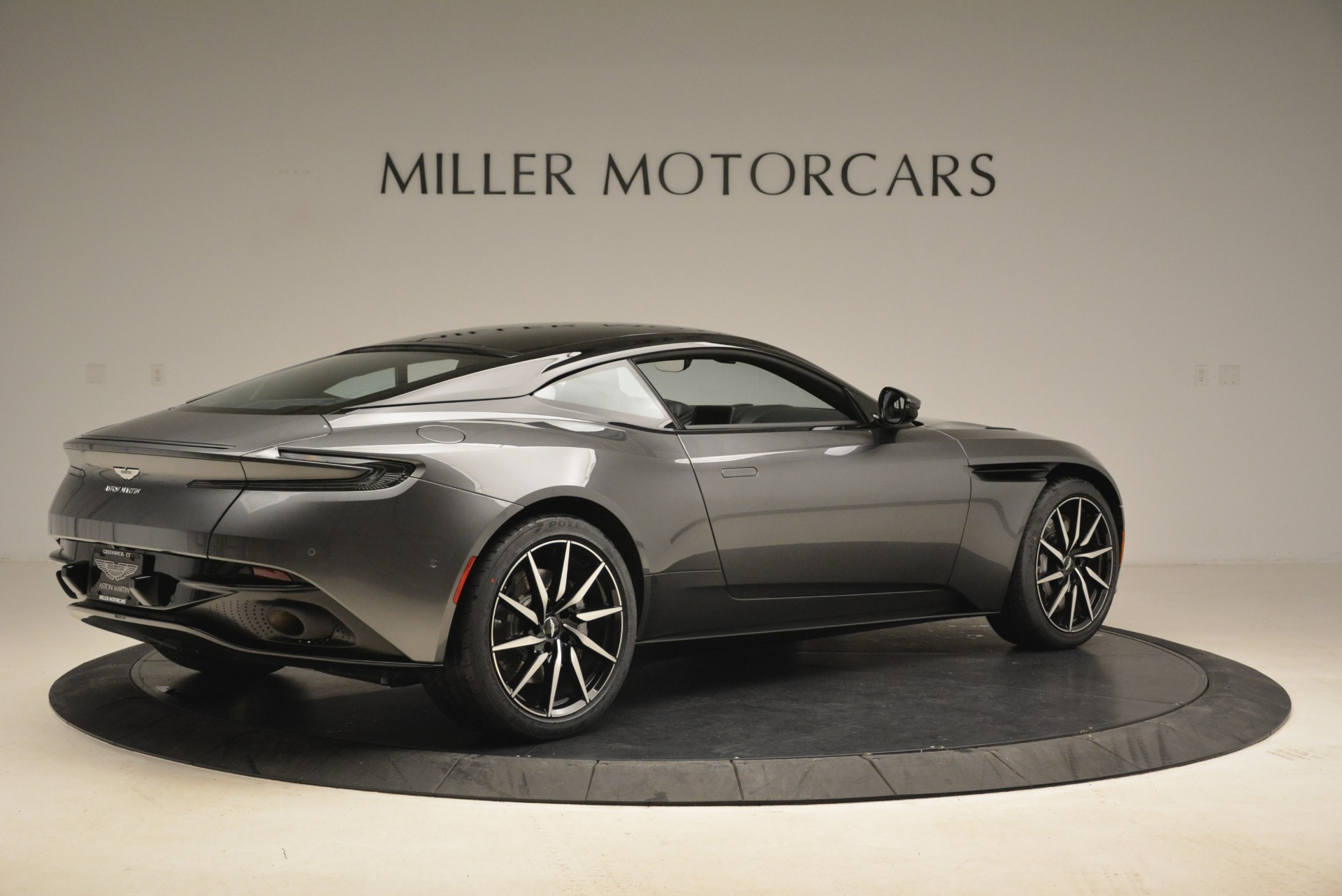 New 2018 Aston Martin DB11 V12 Coupe For Sale In Westport, CT 2228_p8