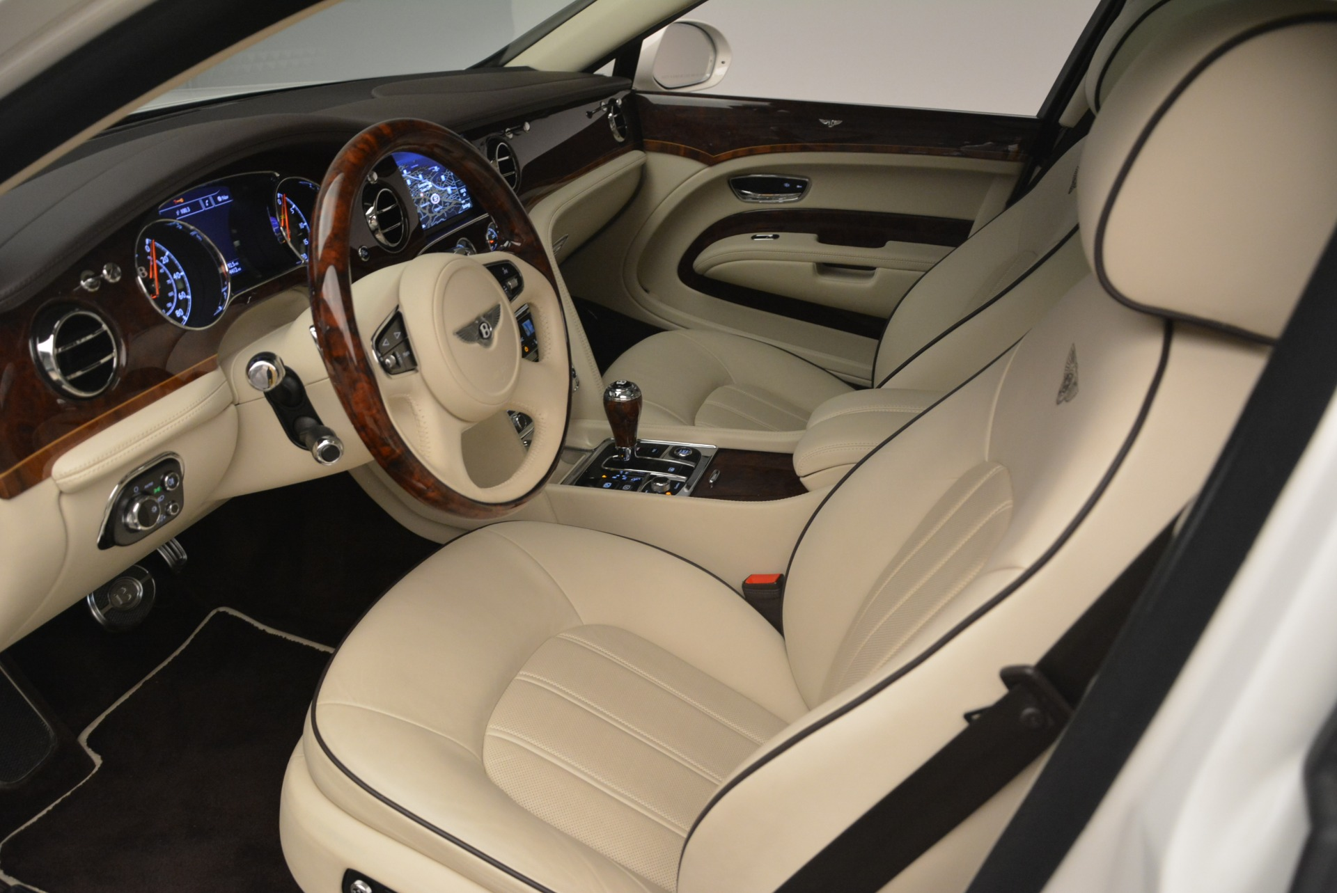 Used 2013 Bentley Mulsanne  For Sale In Westport, CT 2230_p16