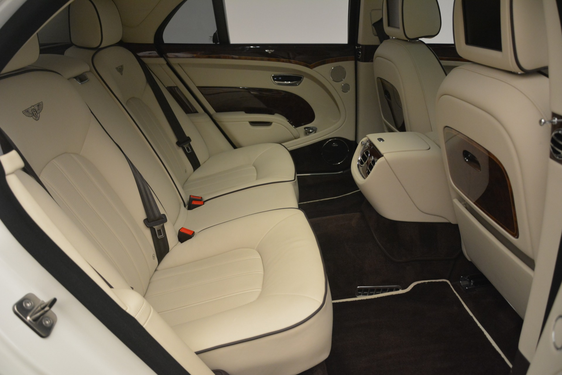 Used 2013 Bentley Mulsanne  For Sale In Westport, CT 2230_p24