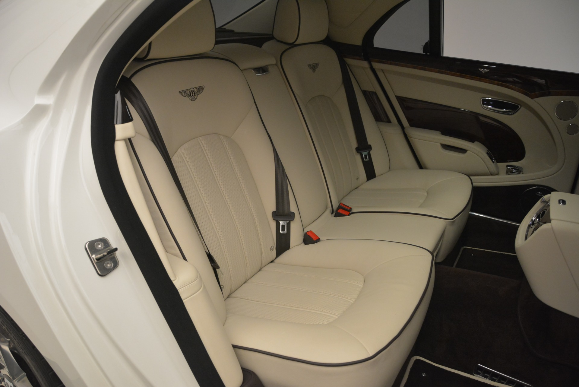 Used 2013 Bentley Mulsanne  For Sale In Westport, CT 2230_p25